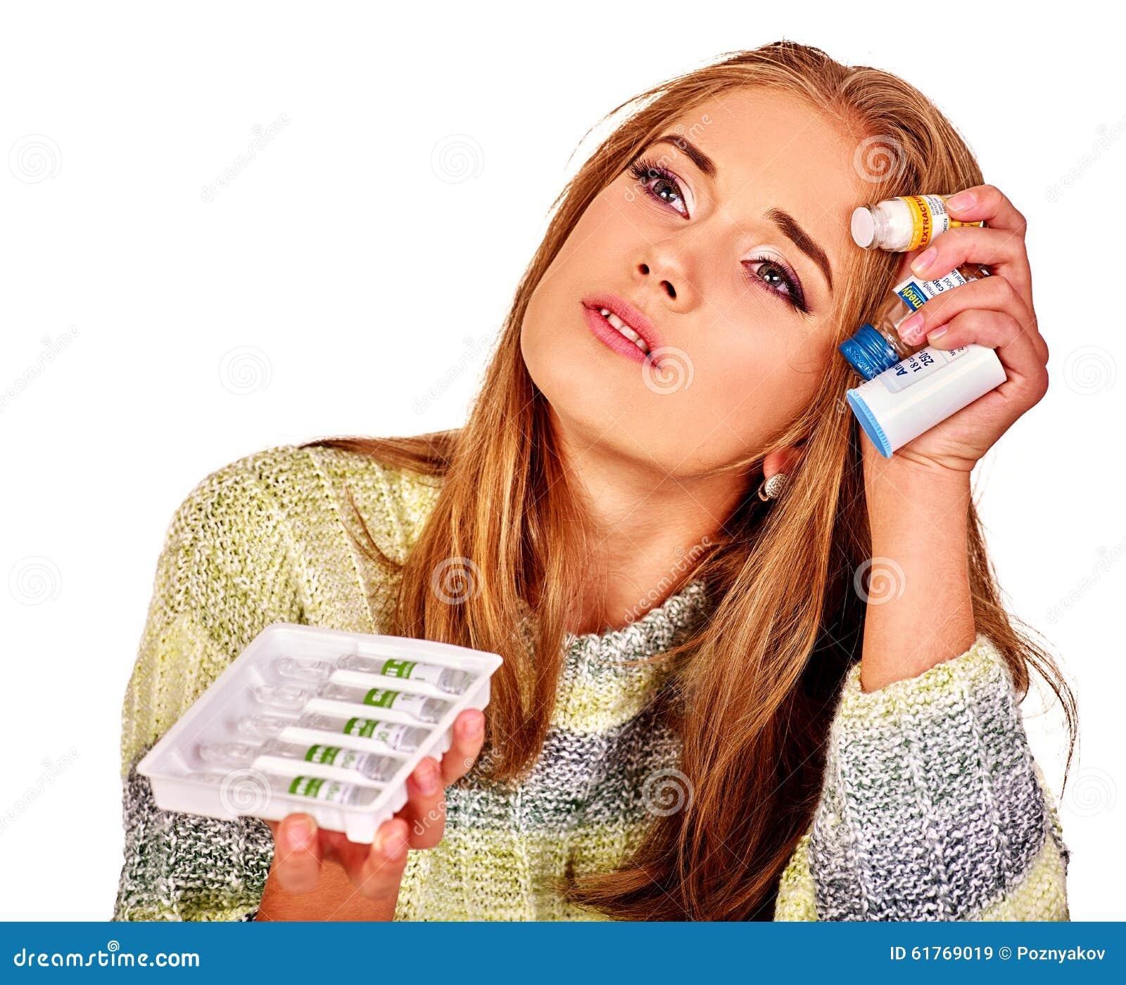 Umgekippte Frauen Die Gründe sind möglicherweise unterschiedlich colds
