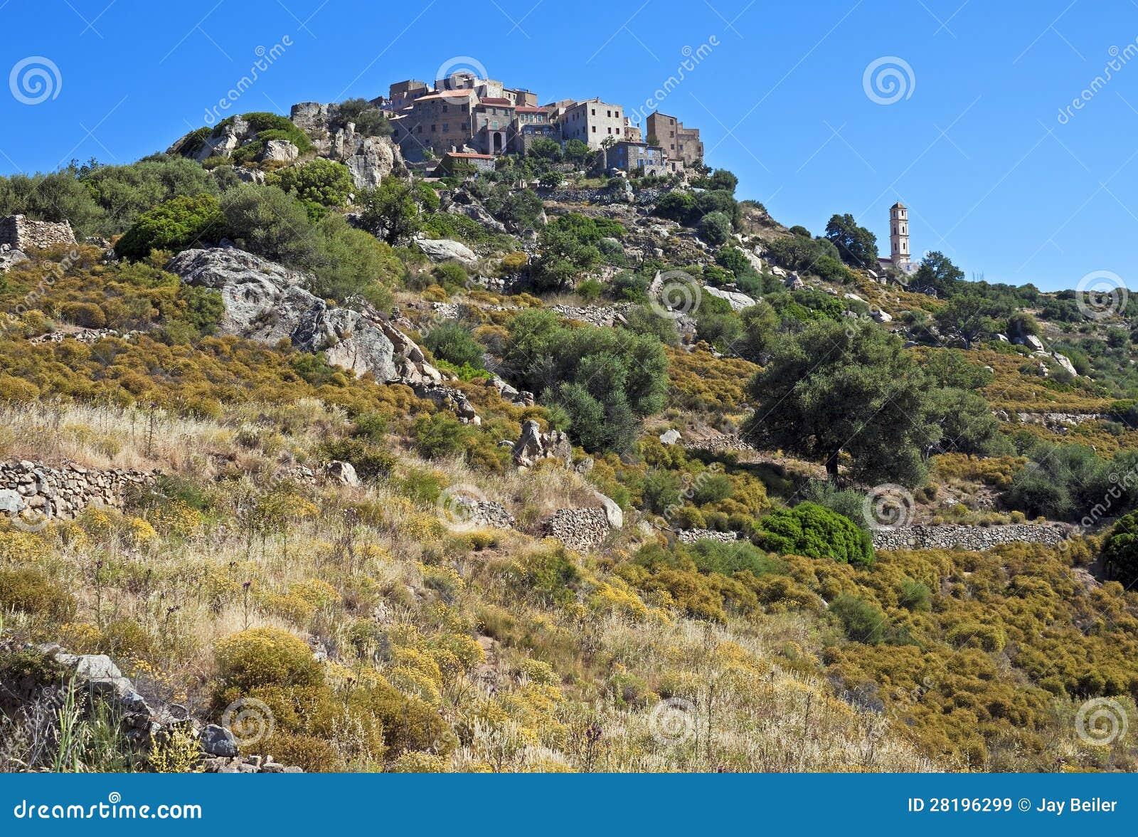 Umieszczająca wioska sant Antonino, Corsica
