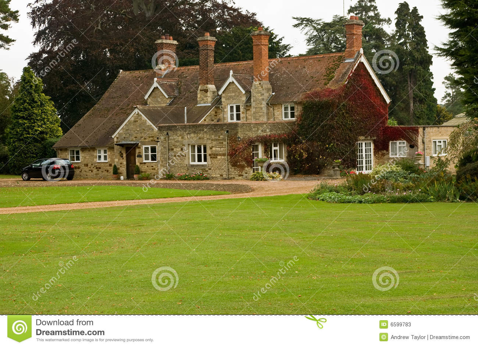 Un 39 altra casa di campagna inglese immagine stock for Design di casa di campagna inglese
