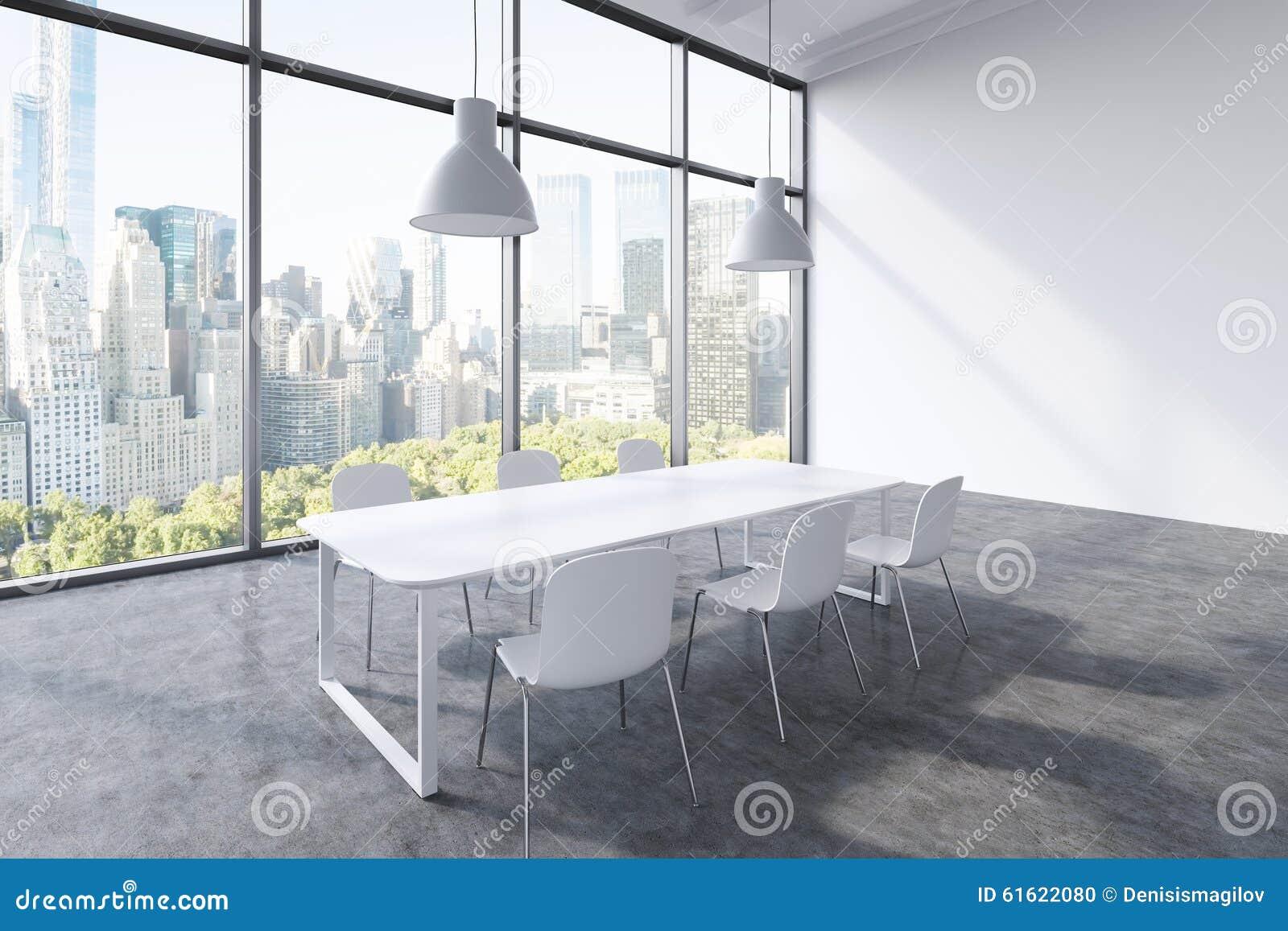 Plafoniera Ufficio Design : Un auditorium in ufficio panoramico moderno con la vista di new