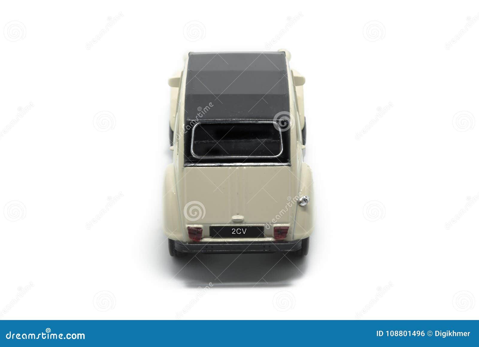 Un automobile di Citroen 2CV della parte posteriore dell epica