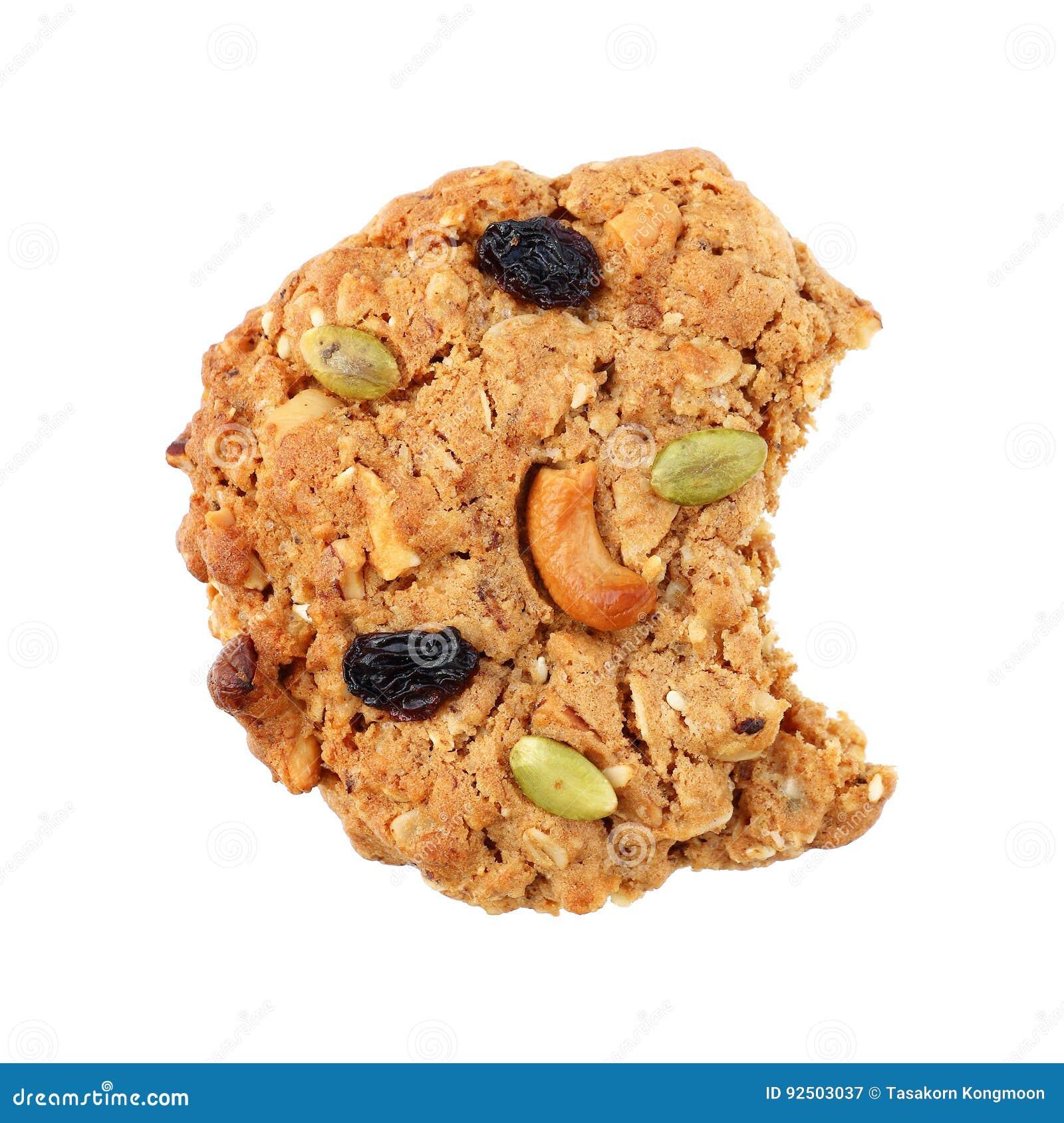 Un biscotto del cereale con il morso isolato su bianco