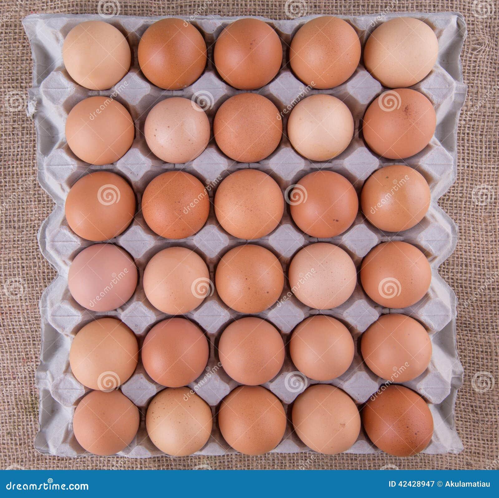 Un cartón del pollo Eggs II