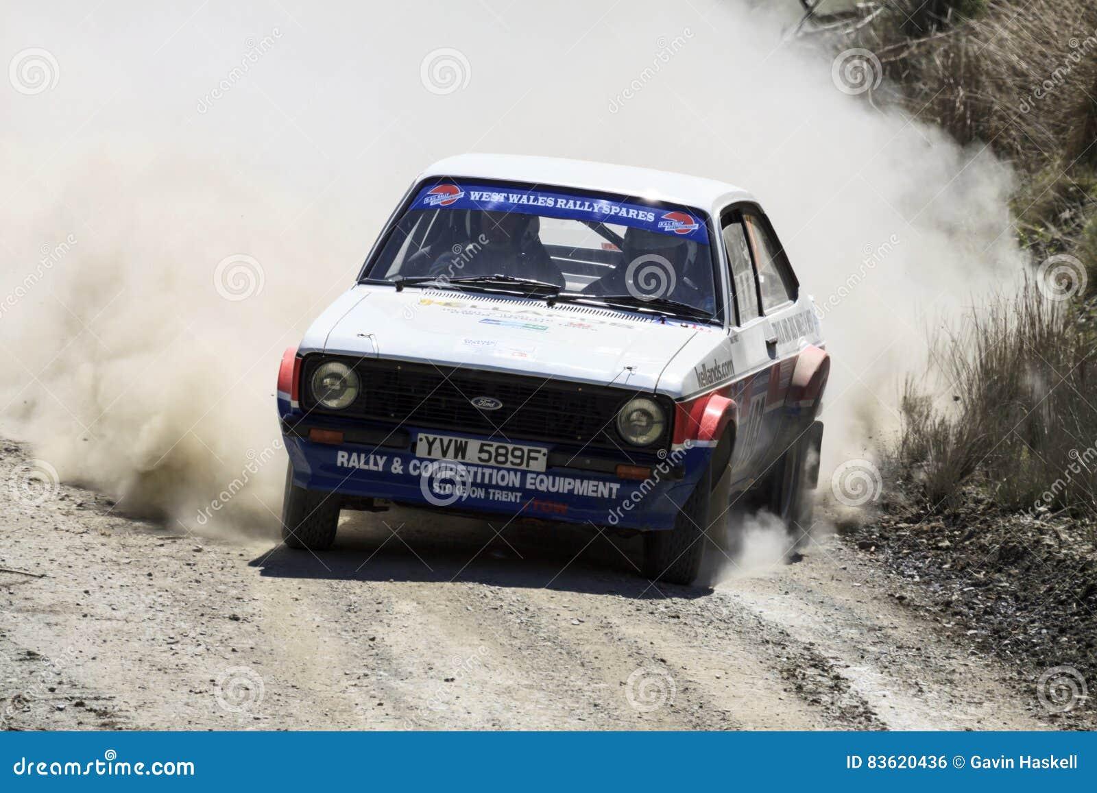 Un coche de la reunión de Mkii Ford Escort