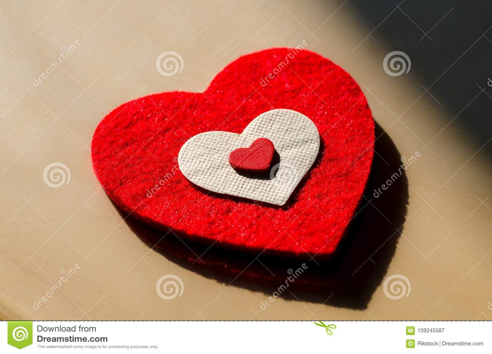 Un Corazón Grande Decirle Te Amo Imagen De Archivo Imagen De