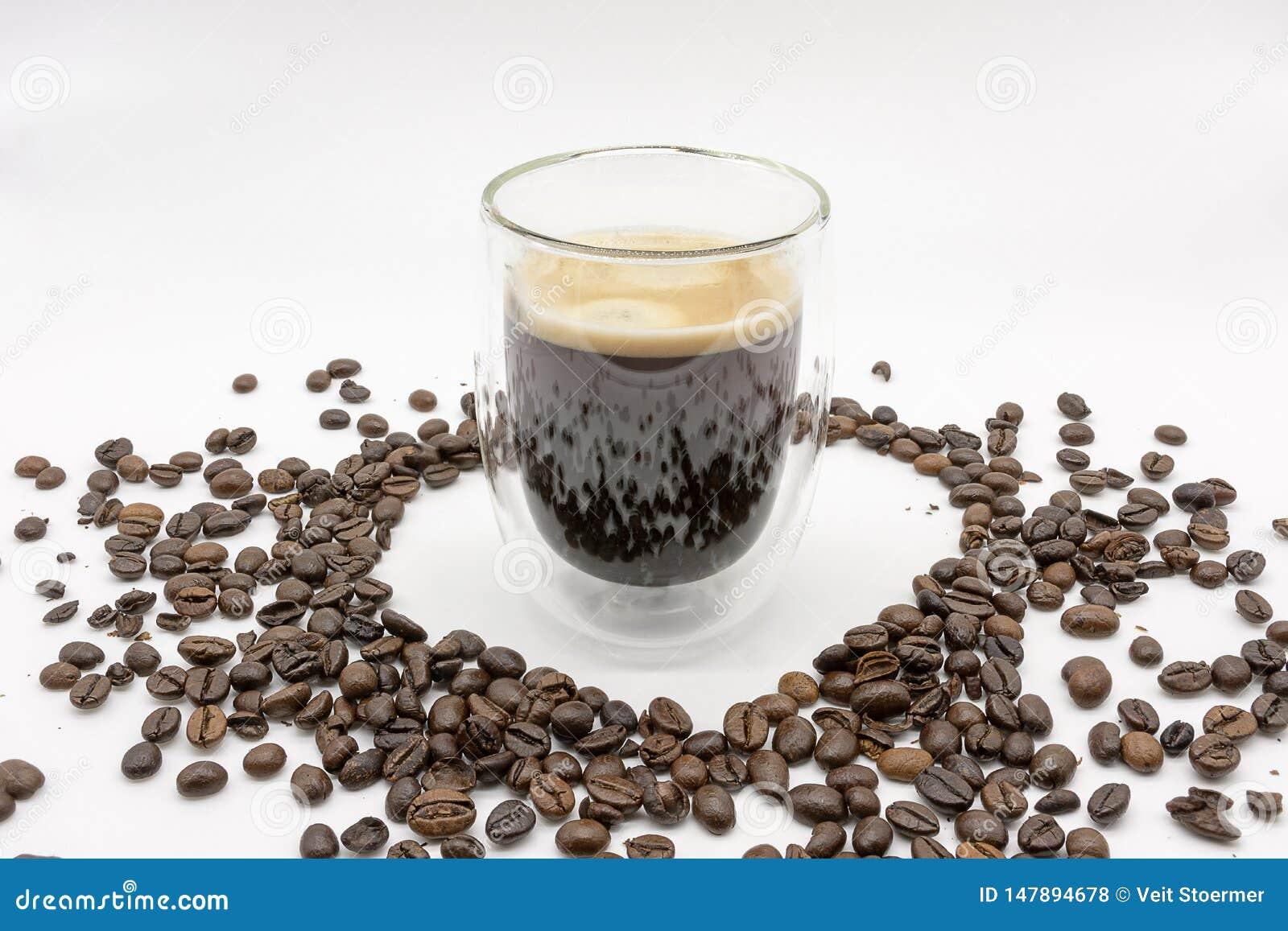 Un coraz?n de los granos de caf? asados