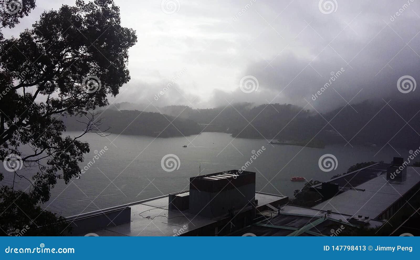 Un du plus grand lac en île de Formose