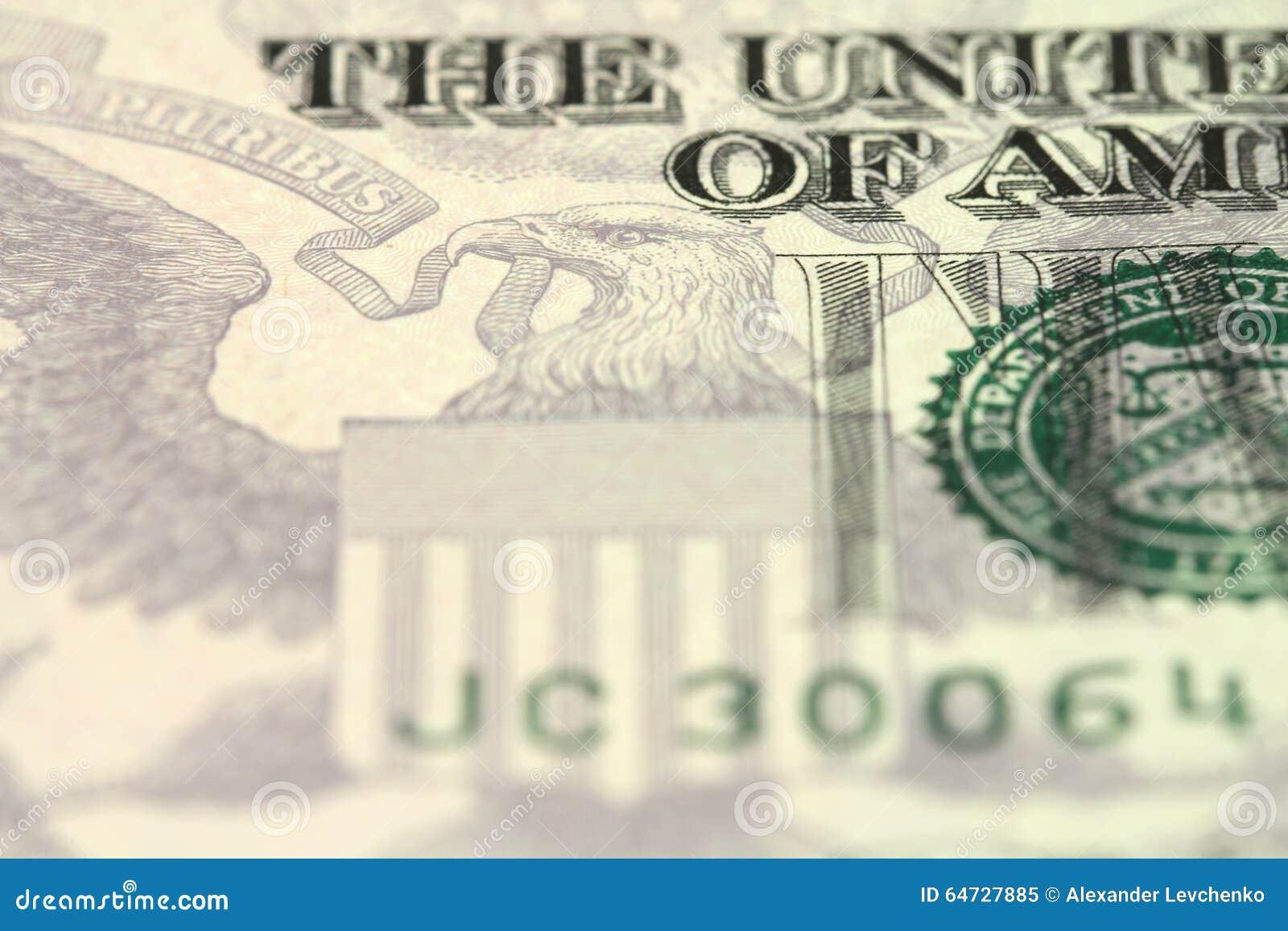 Un frammento di una denominazione di cinque dollari americani