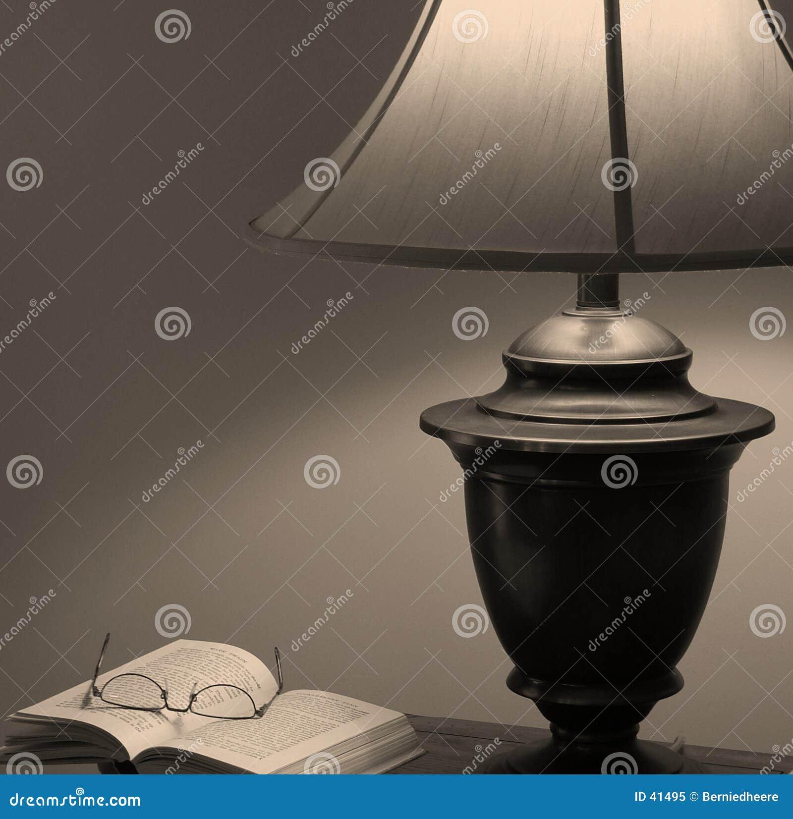 Download Un grande leído (en sepia) imagen de archivo. Imagen de tranquilidad - 41495