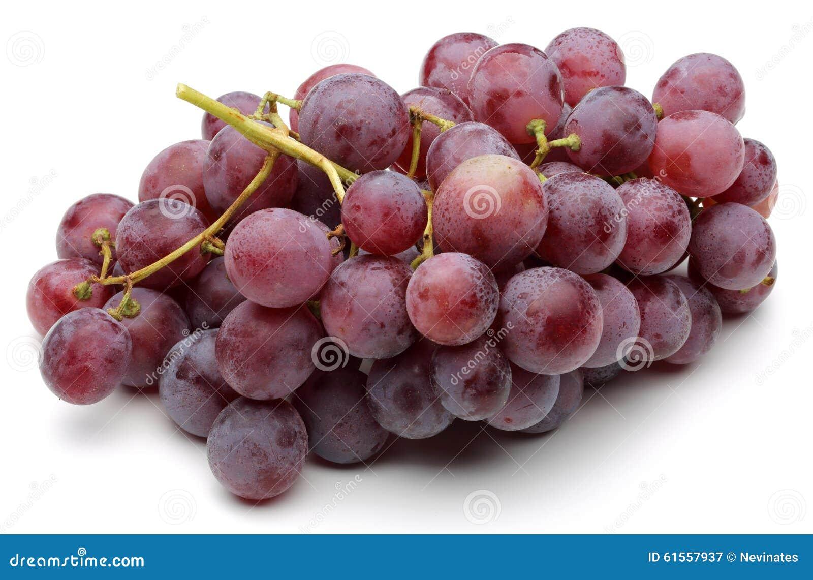 Un groupe de raisins rouges