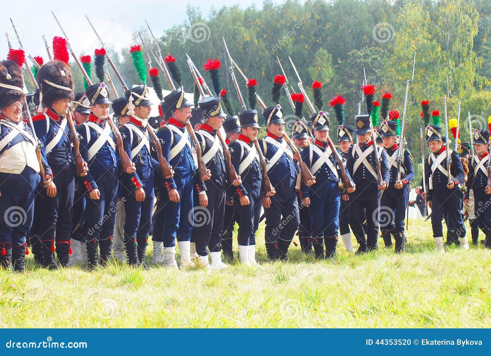 Un gruppo di soldati-reenactors (napoleonici) francesi