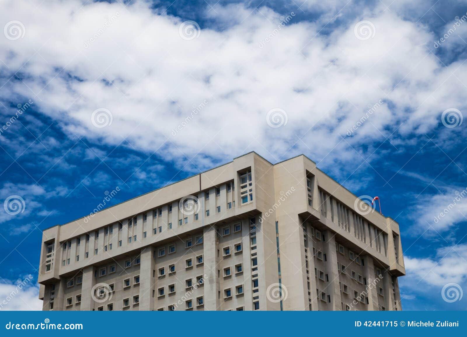Un hospital italiano en un skyscrape