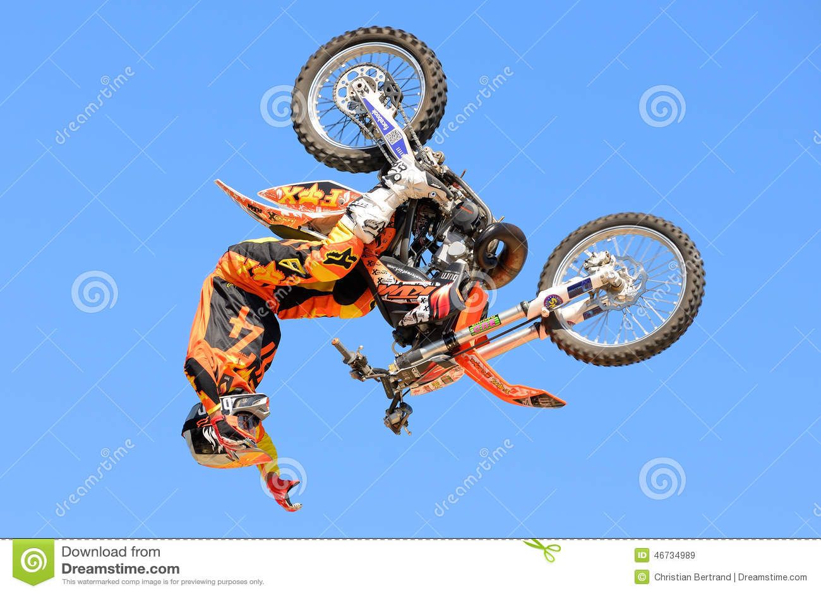Un Jinete Profesional En La Competencia De Fmx Motocros Del Estilo