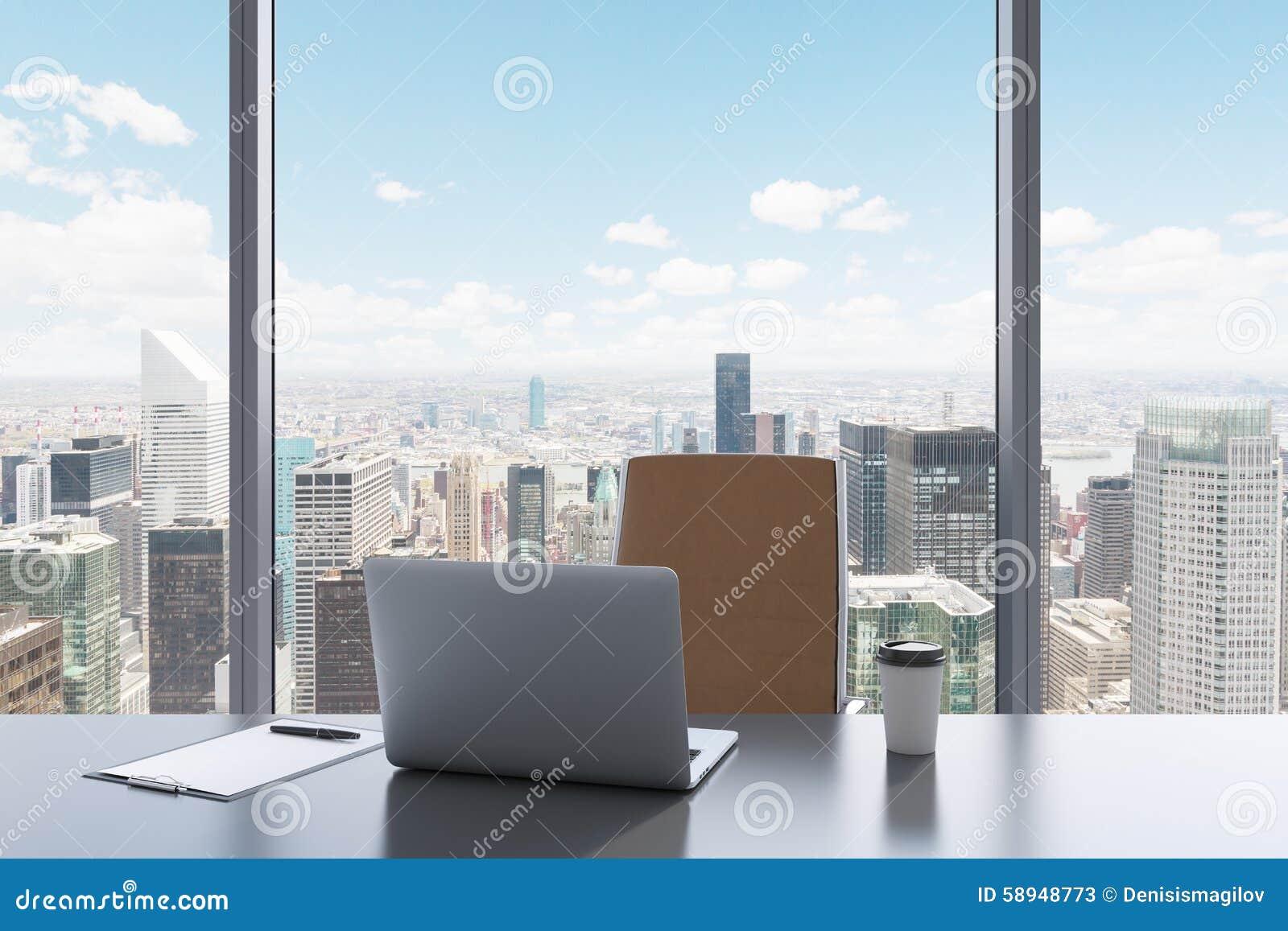 Un Travail De Moderne Lieu Dans Panoramique Vue La Bureau Avec FKTc31lJ