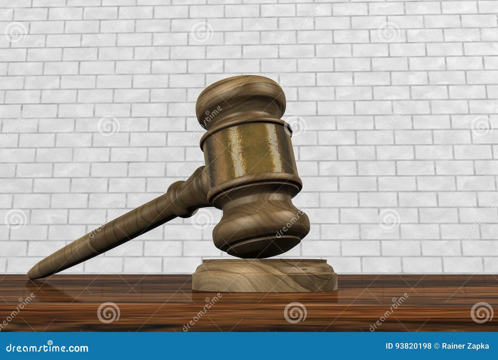 Un mazo en una sala de tribunal
