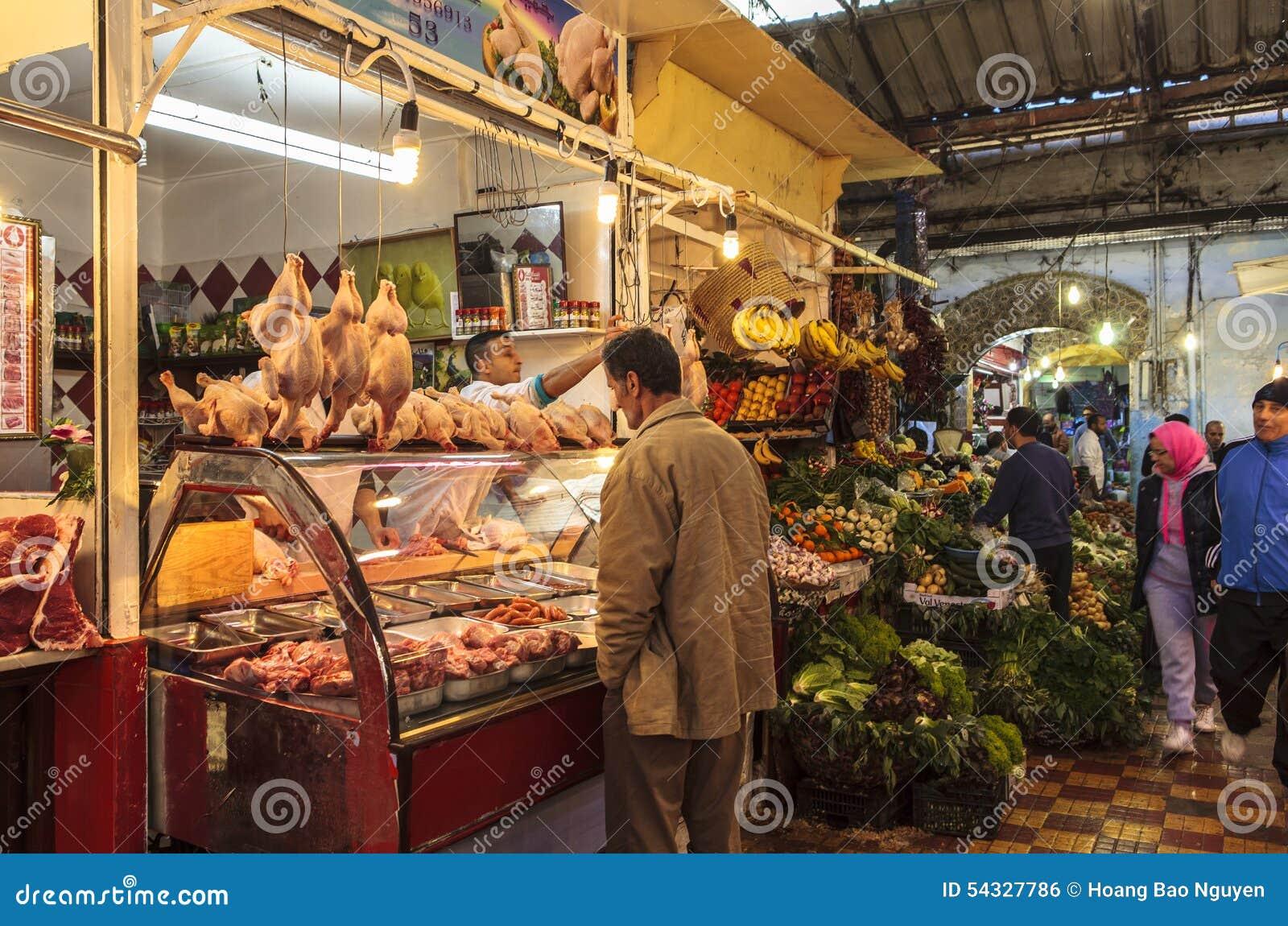 Un mercado en Tánger, Marruecos