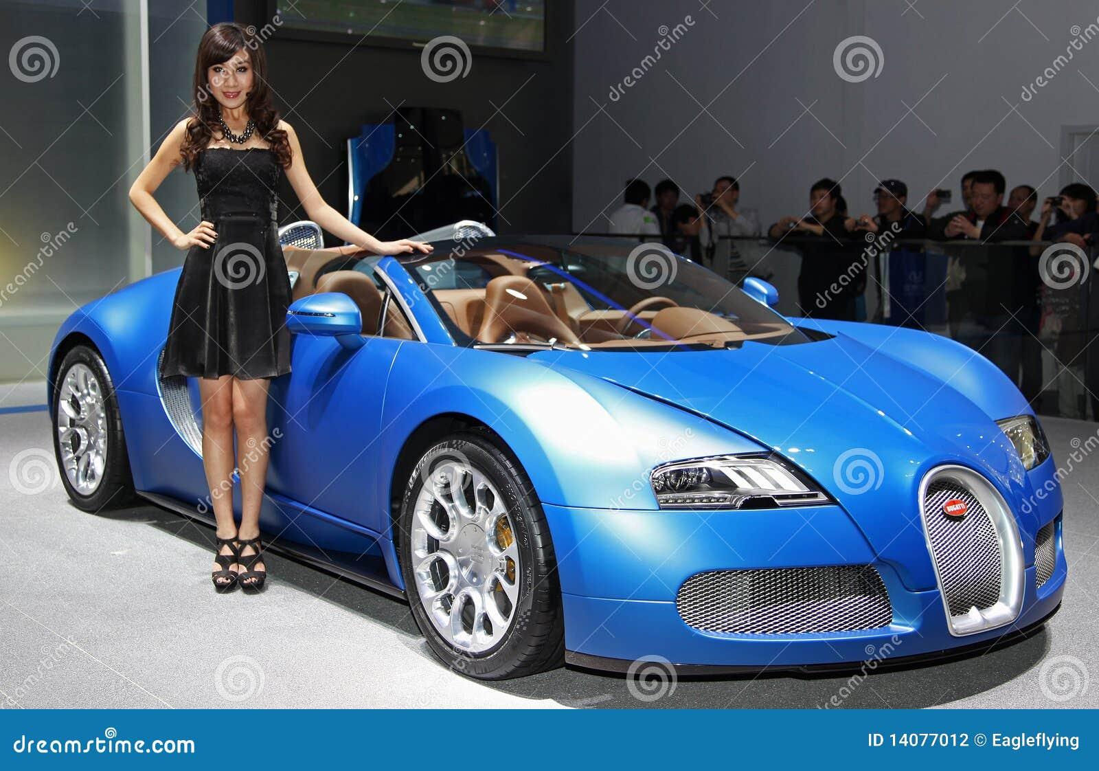 un mod le et un sport grand de bugatti veyron 16 4 photographie ditorial i. Black Bedroom Furniture Sets. Home Design Ideas