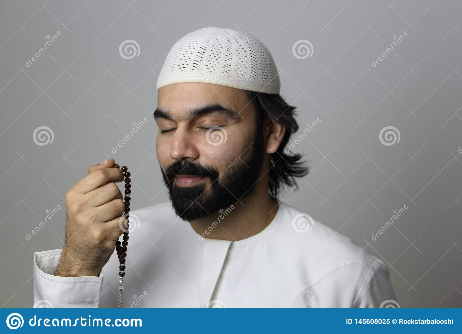 Un mois saint de Praying In The de modèle masculin arabe musulman de Ramadan Muslim Pray Ramadan Arab