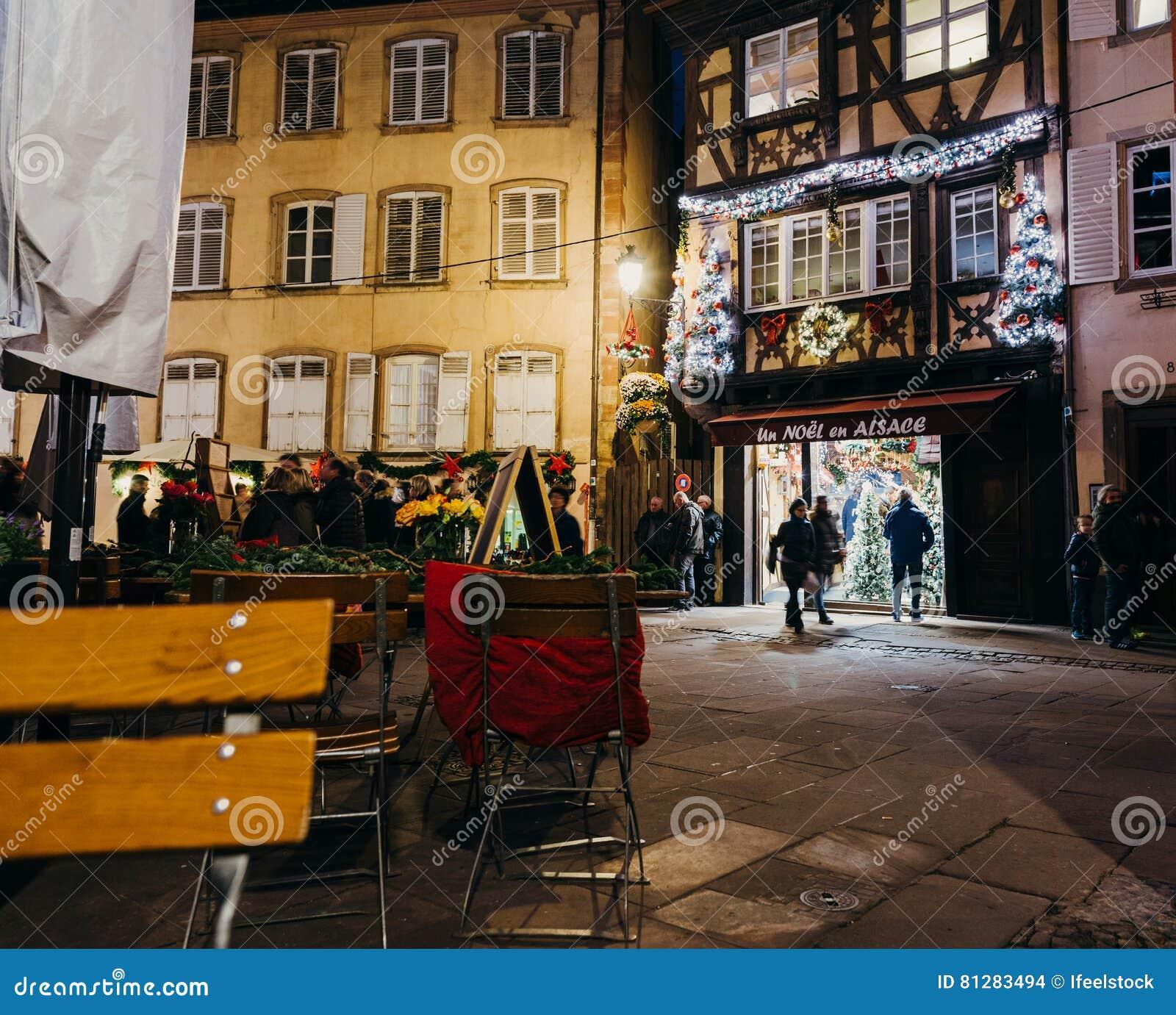 Un Noel En Alsace Traditional Shopping In Strasbourg With Custom ...