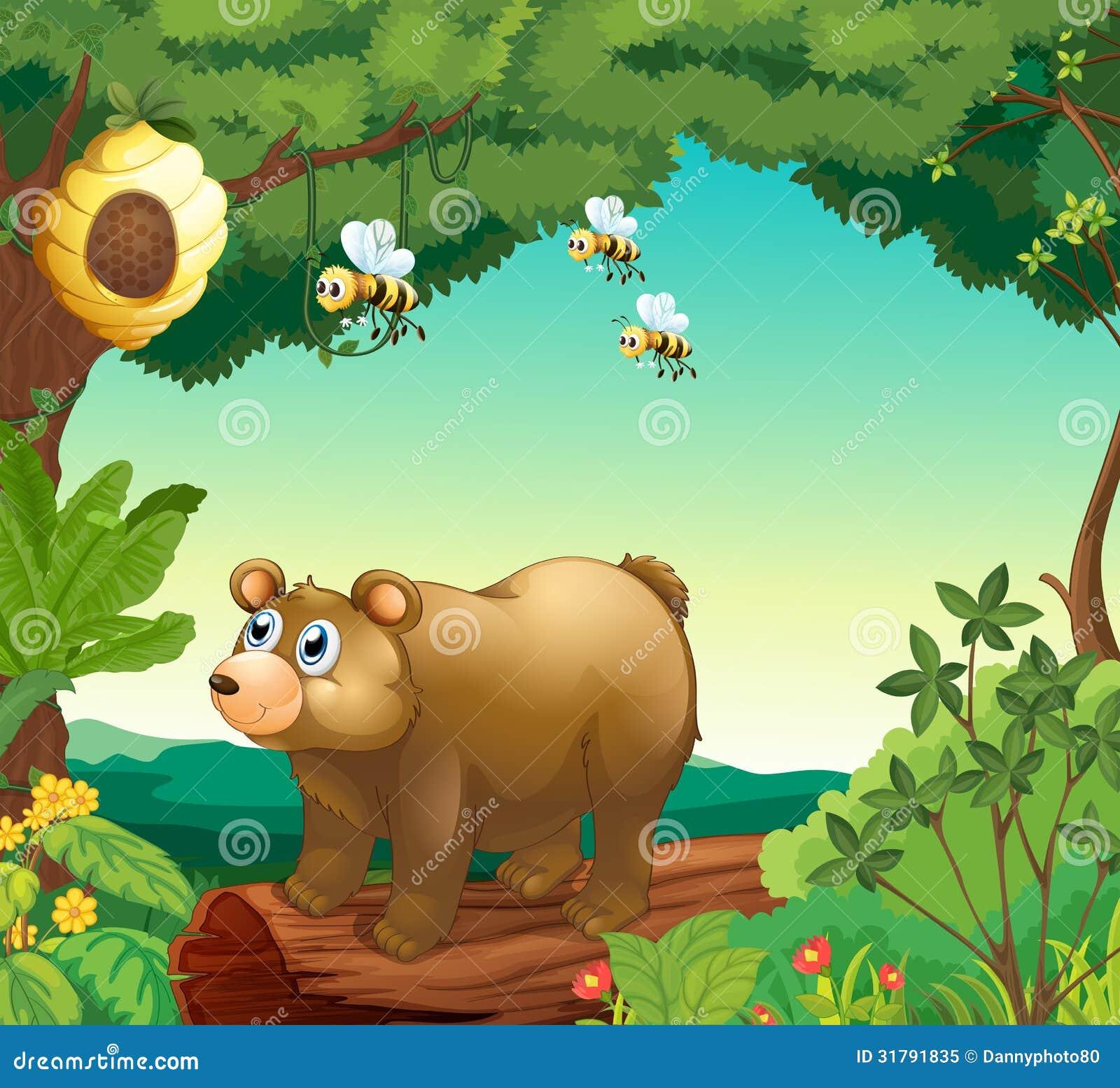 Un oso con tres abejas dentro del bosque