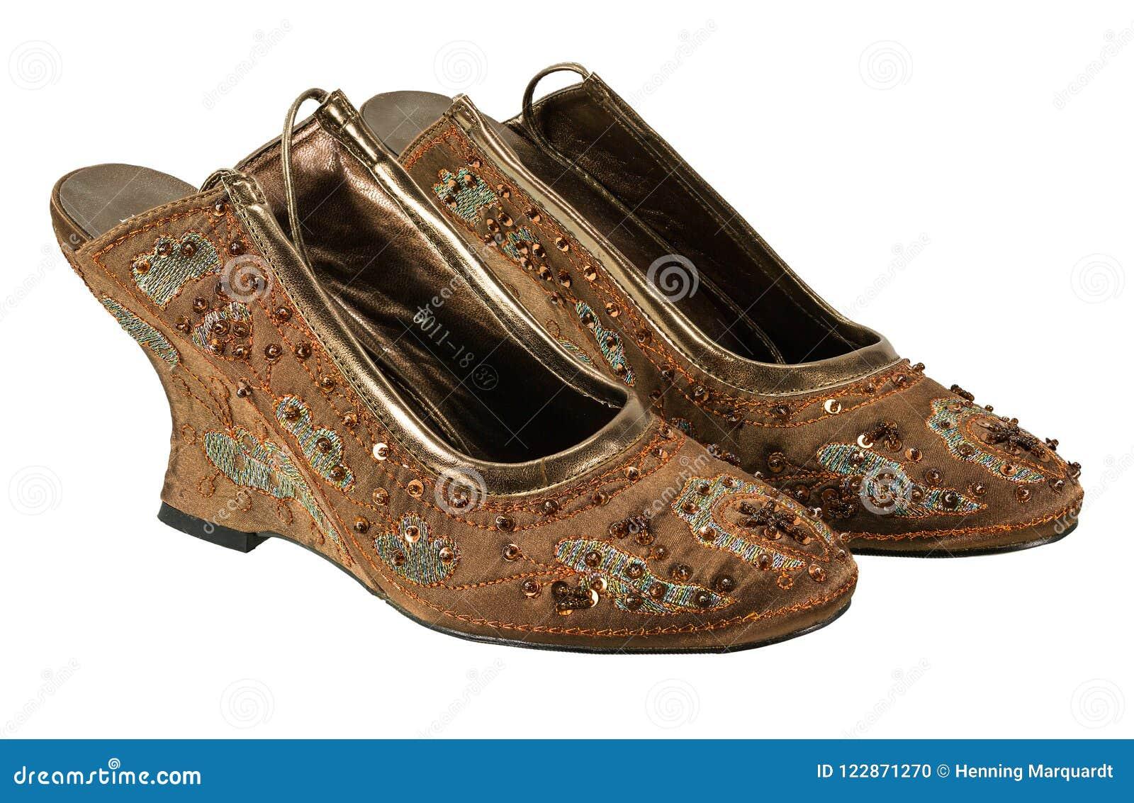Lentejuelas De Marrones Con Zapatos Foto Rico Archivo Par Un 5qjAR34L