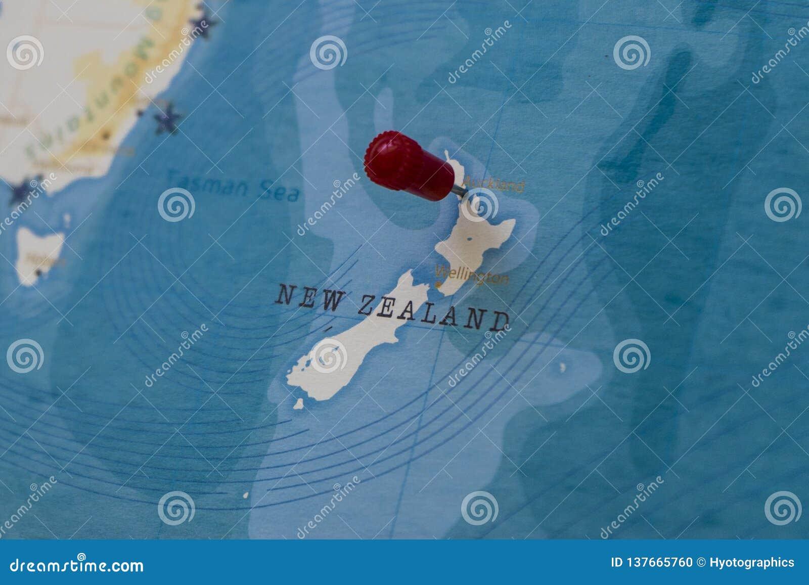 Un perno en Auckland, Nueva Zelanda en el mapa del mundo