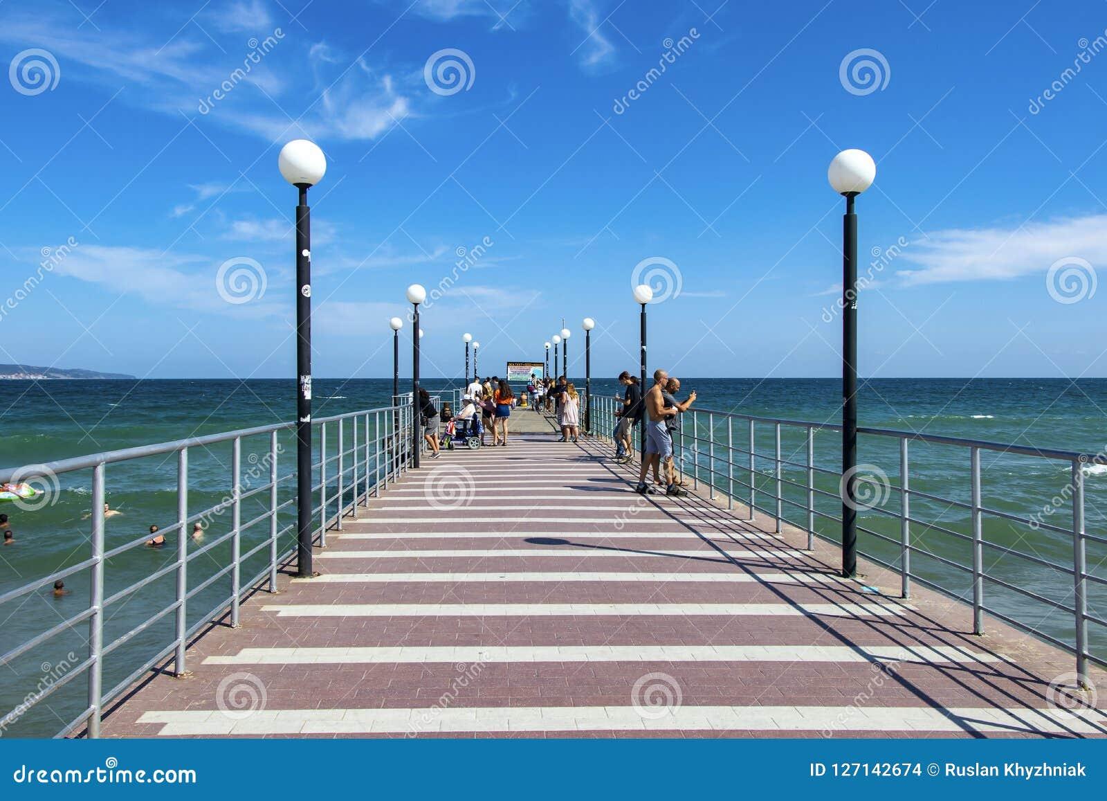 Un posto delle passeggiate per i turisti Bulgaria Spiaggia soleggiata 25 08 2018