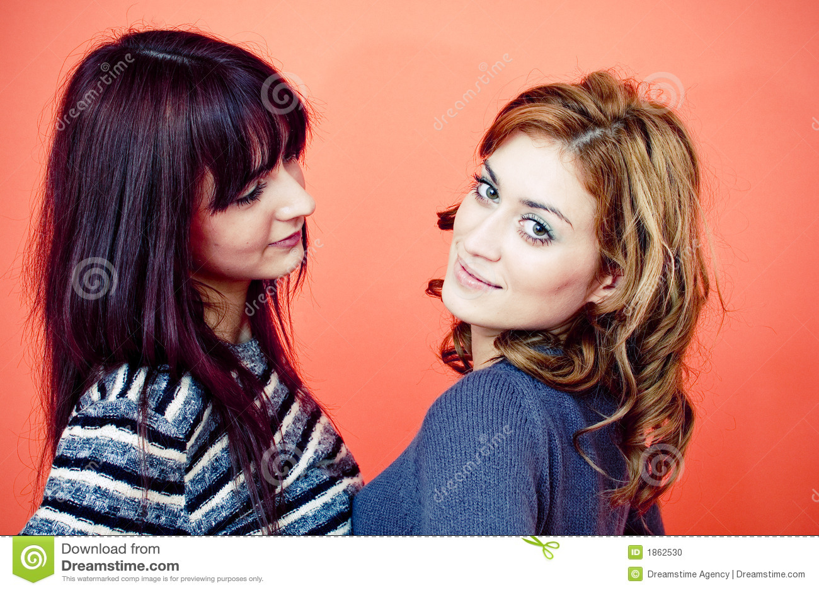 Un ritratto di due giovani donne
