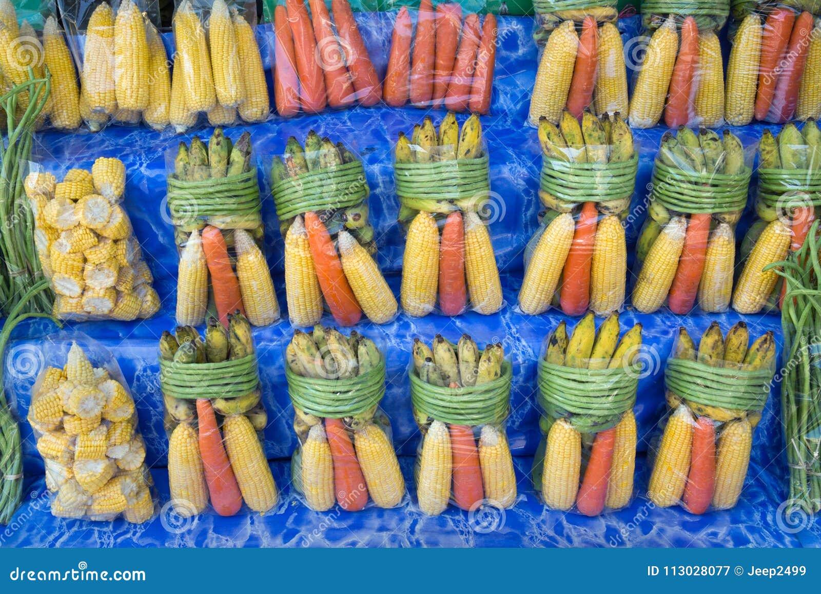 Un sistema de las frutas para la venta como pienso