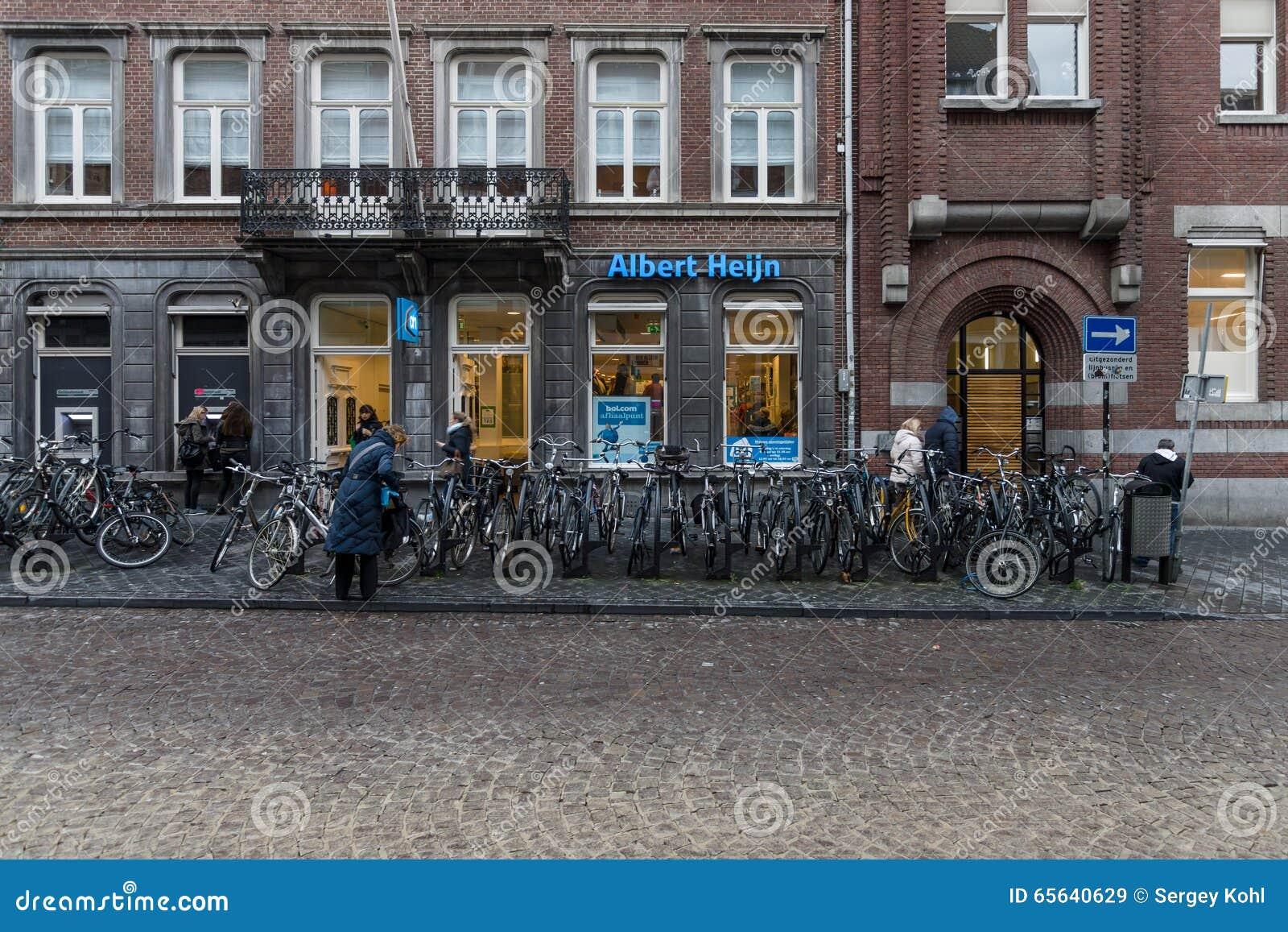 Un supermarché Albert Heijn