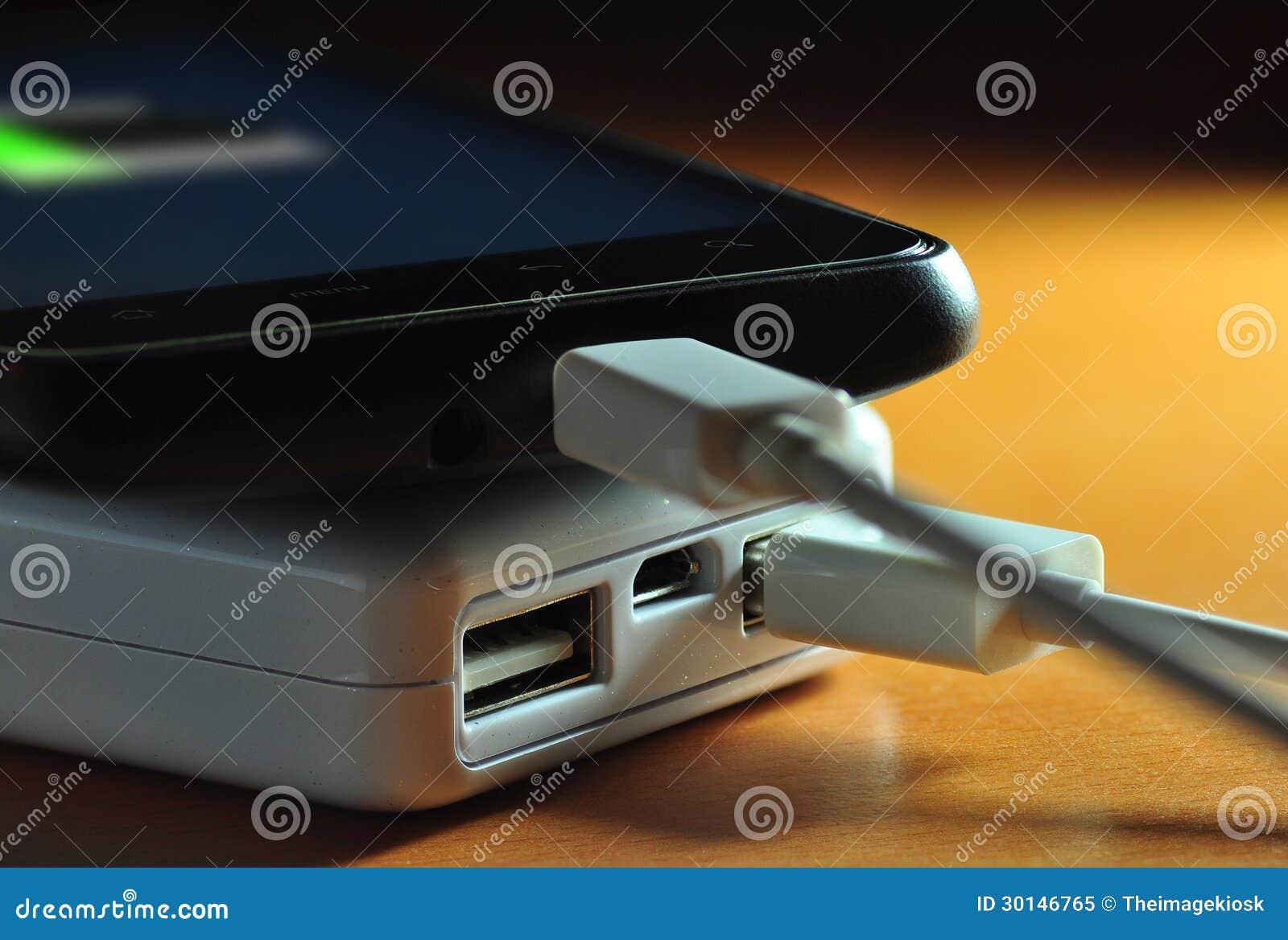 Powerbank e cellulare (indicatore della batteria)