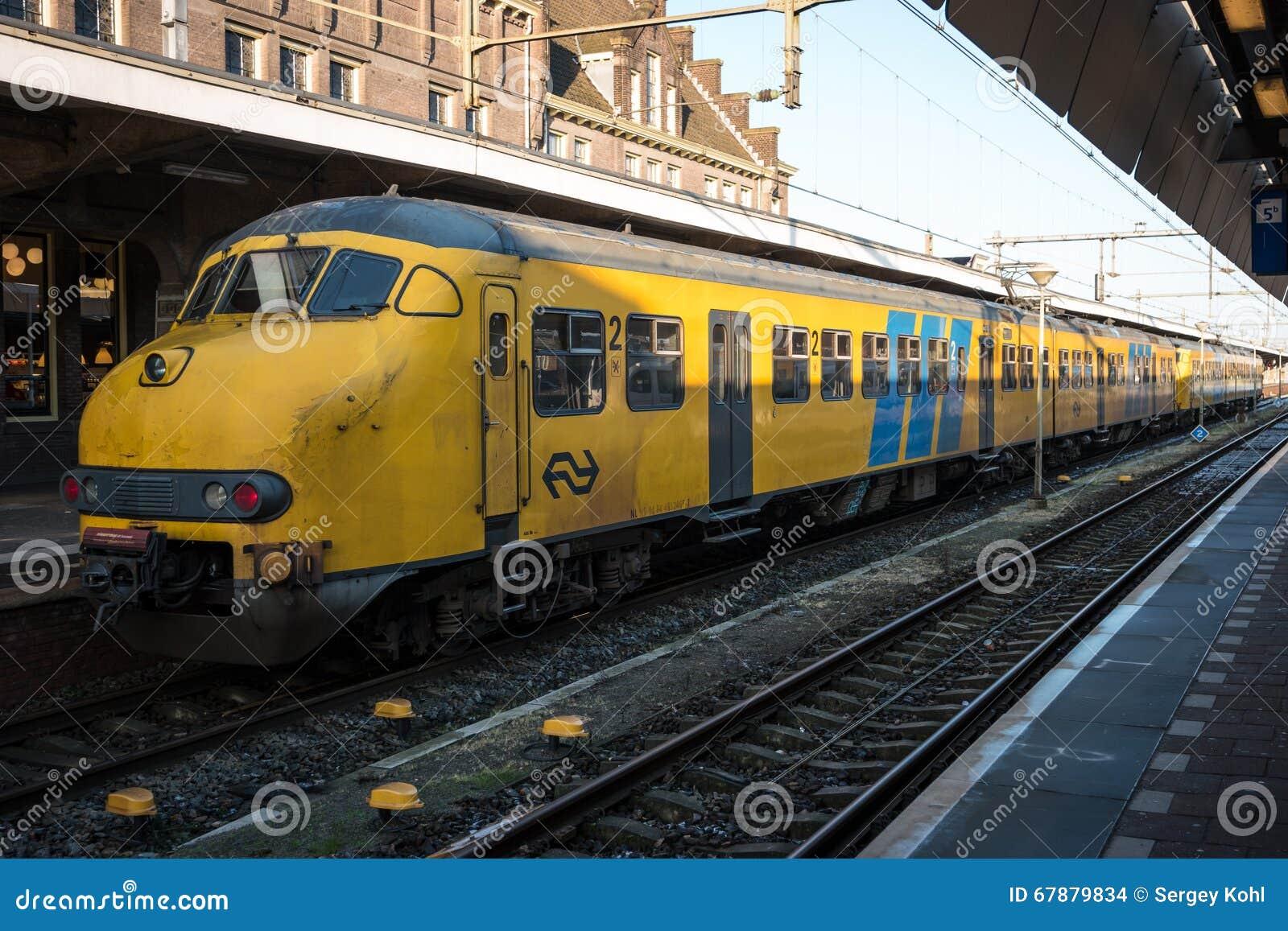 Un tren de pasajeros
