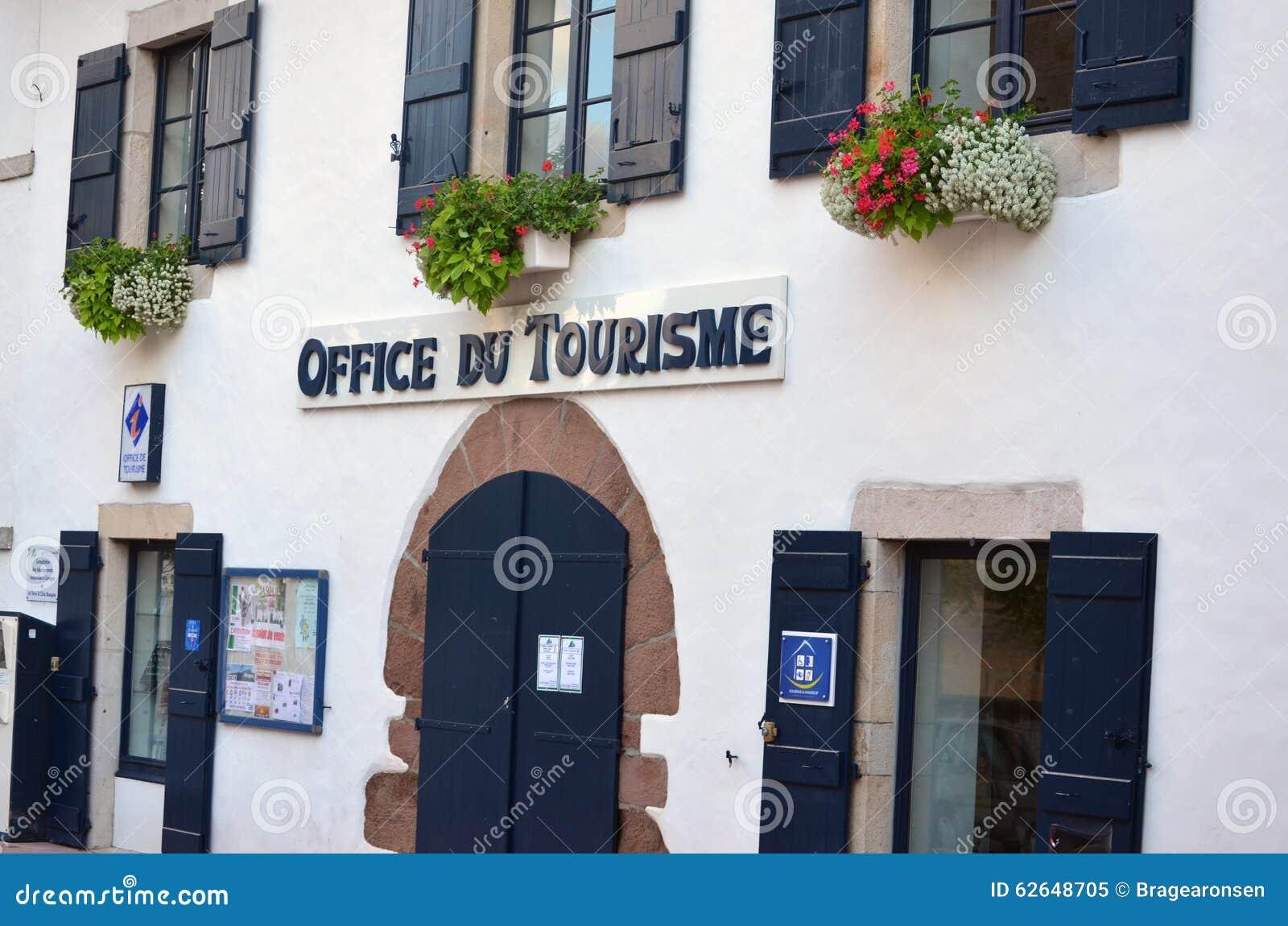 Ufficio Turismo In Francese : Un ufficio turistico nel paese basco francese pays basque