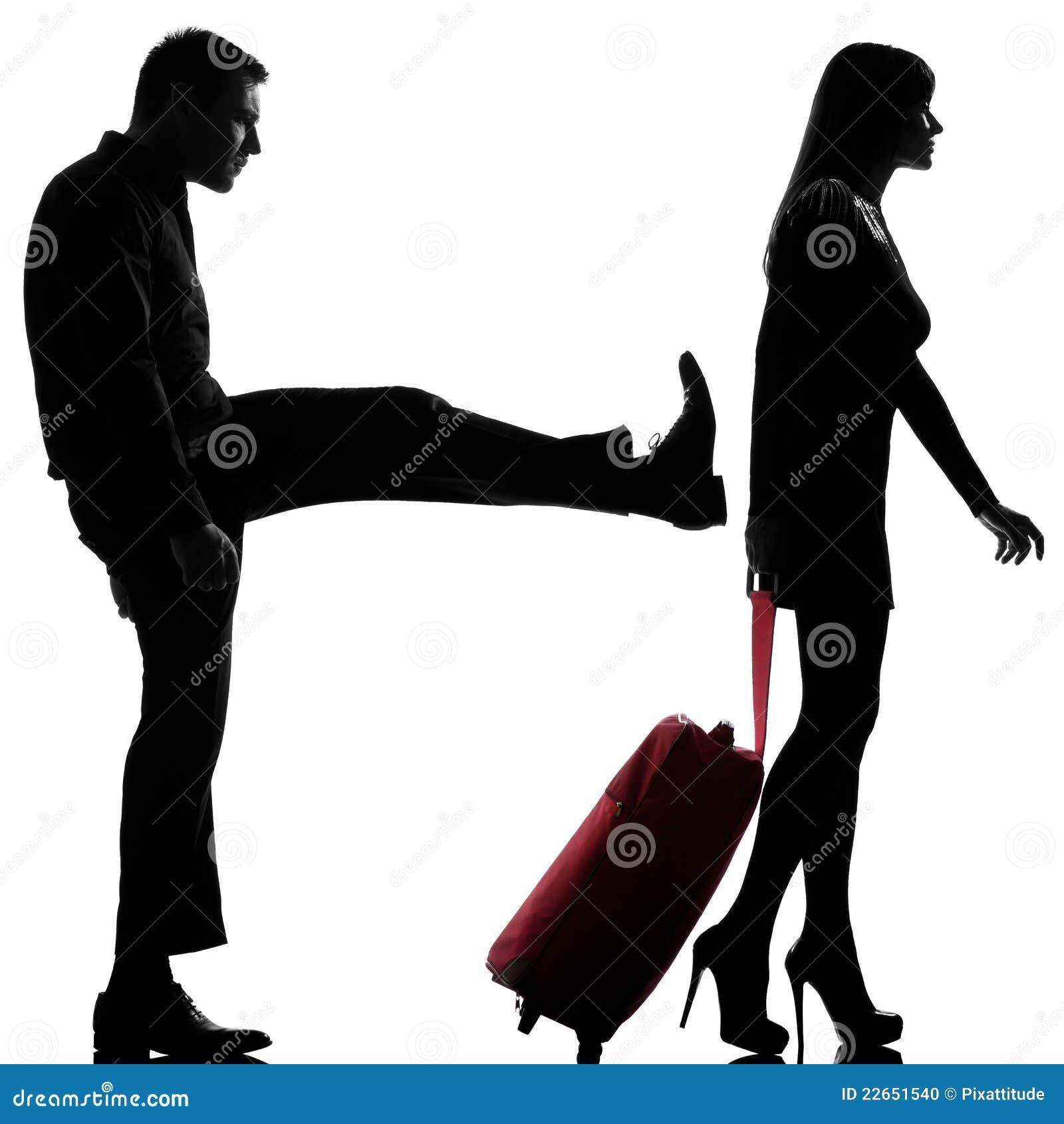 Un uomo e donna delle coppie disputano la separazione