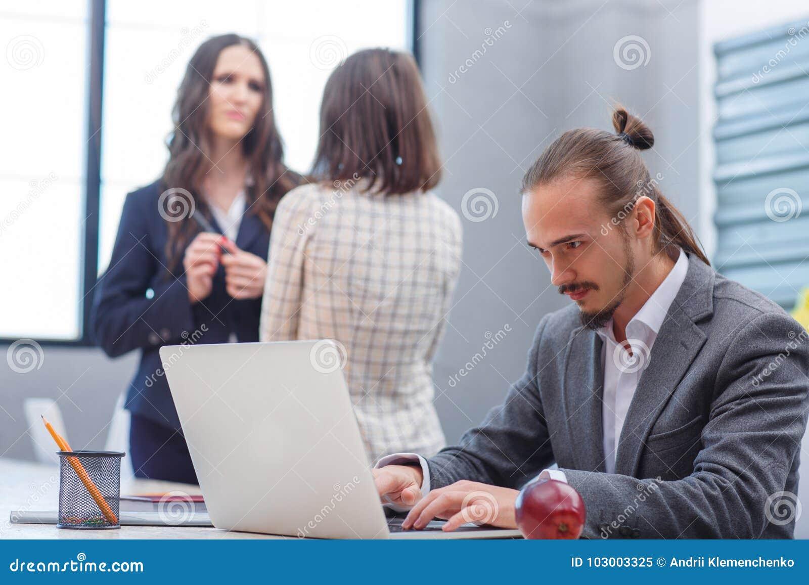 siti per trovare donne gratis cerco uomo per scopare