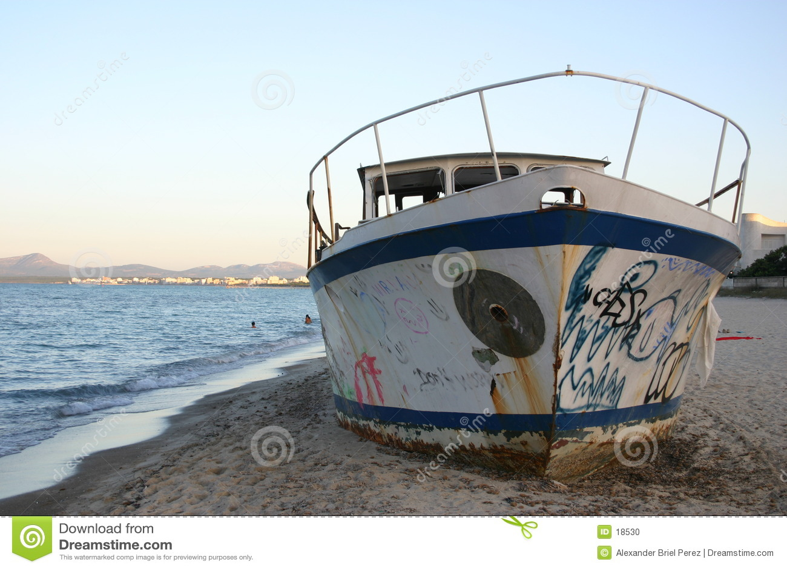 Un vieux bateau