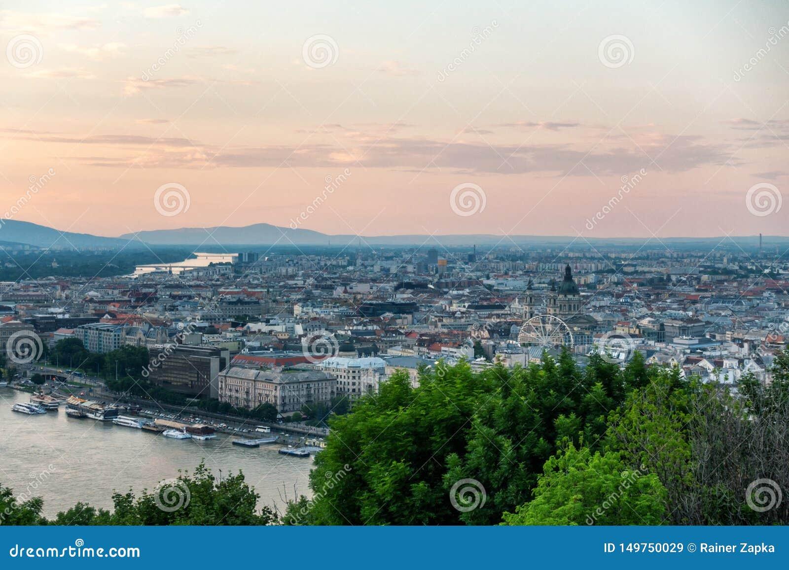 Una bonita vista de Budapest Hungría