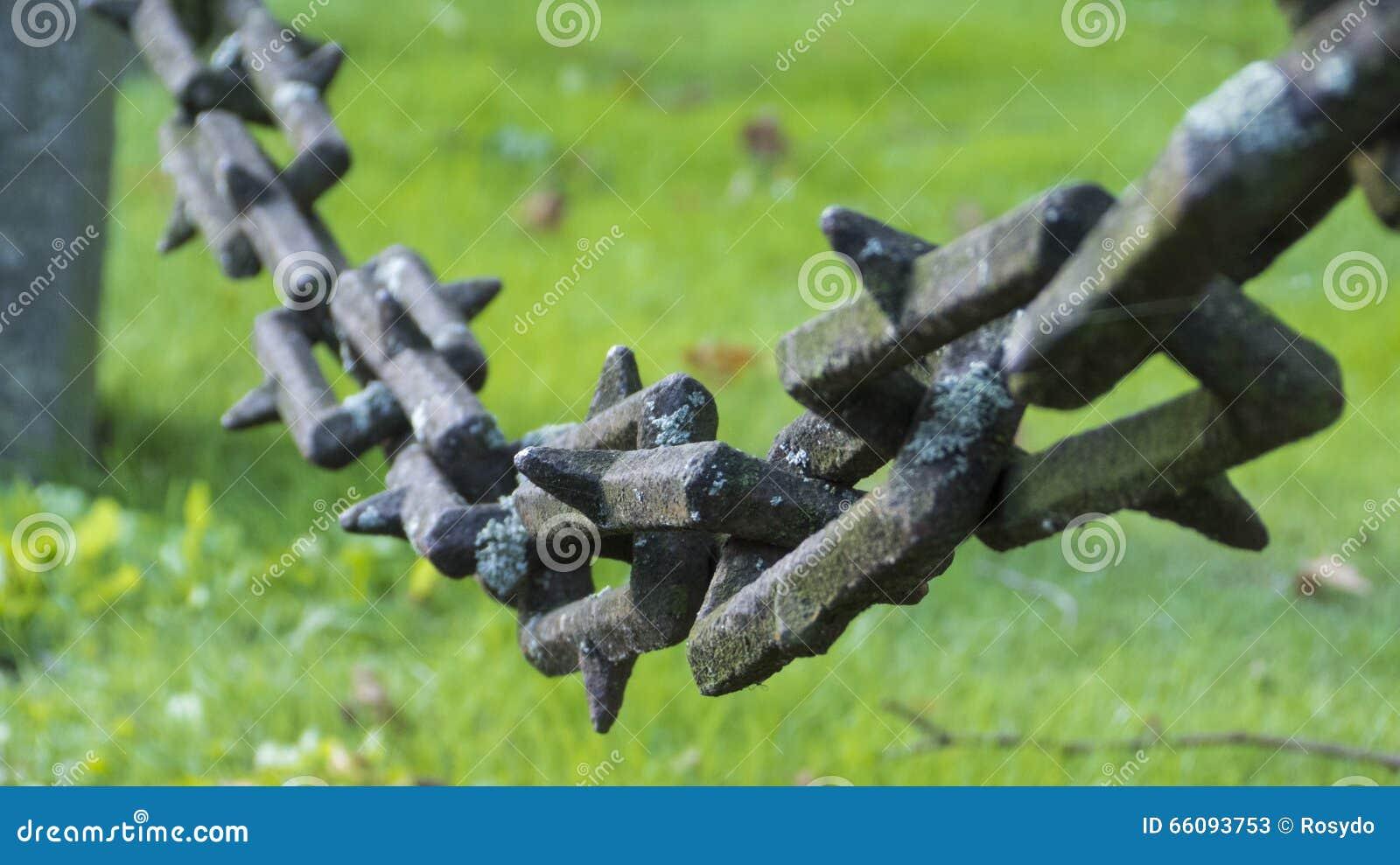Una cadena vieja del hierro foto de archivo imagen 66093753 for Cadena de hierro