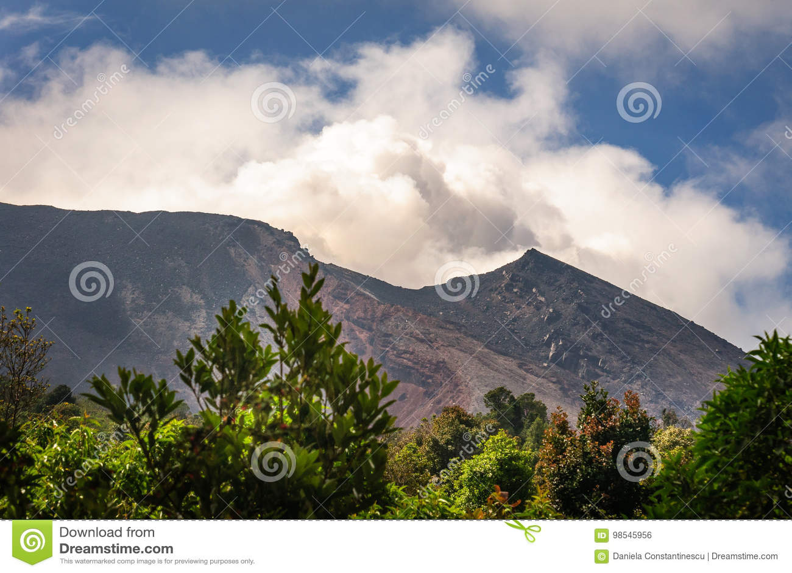 Una certa attività di Strombolian a Volcano Pacaya, Guatemala
