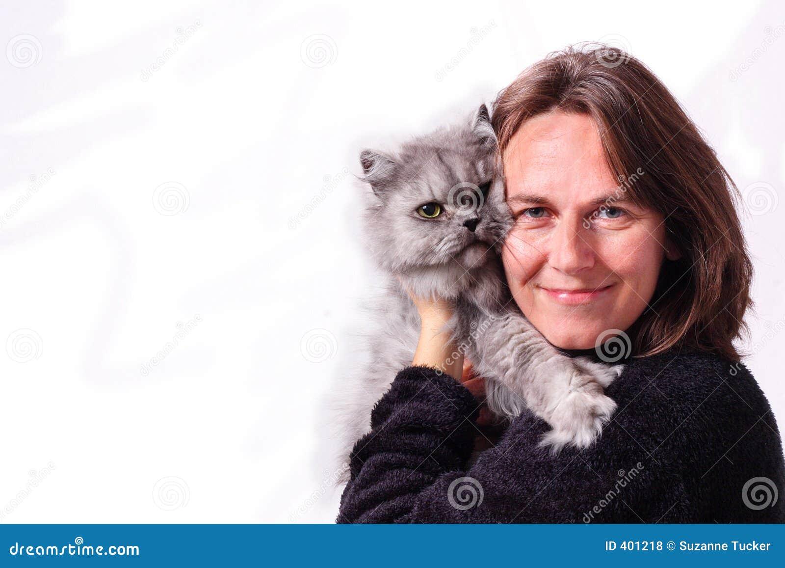 Una donna ed il suo gatto