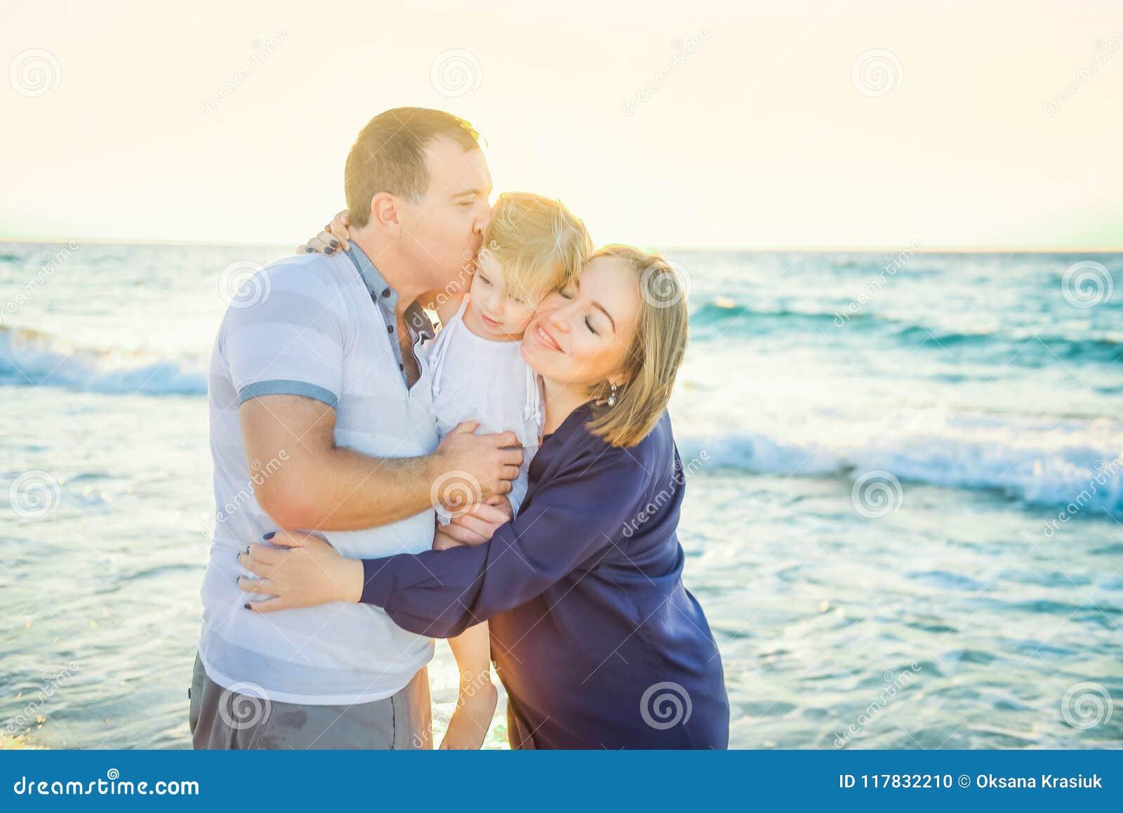 padre e figlio dating madre e figlia Under 18 dating UK