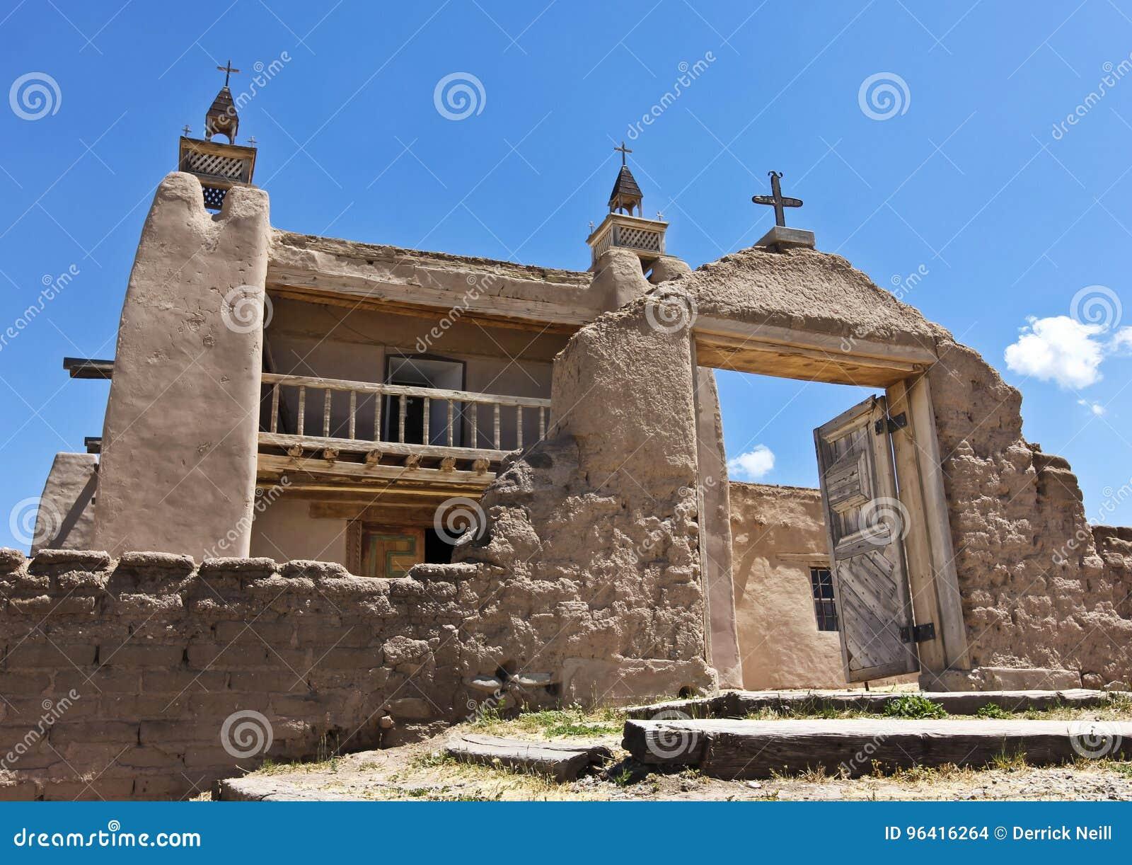 Una iglesia histórica, San José de Gracia, en Las Trampas