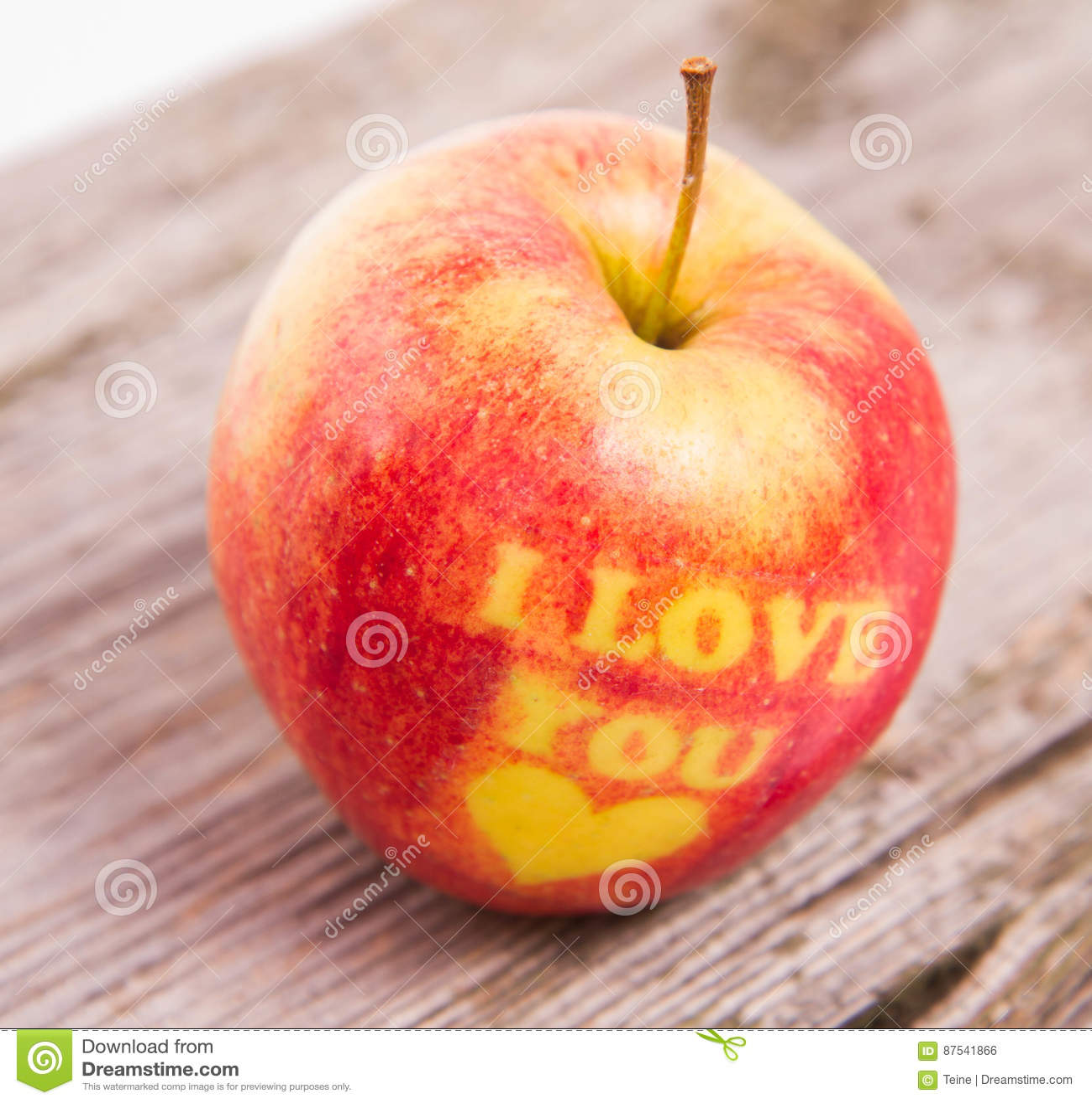 Fruta conocida como la manzana del amor [PUNIQRANDLINE-(au-dating-names.txt) 41