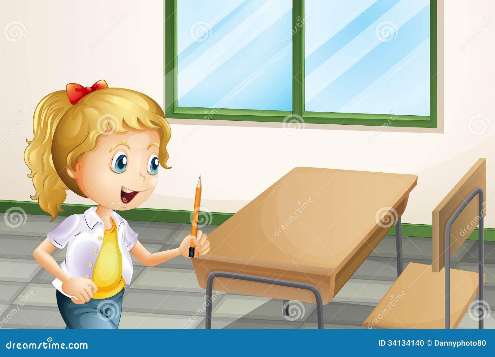 Una muchacha que sostiene un lápiz dentro de la sala de clase