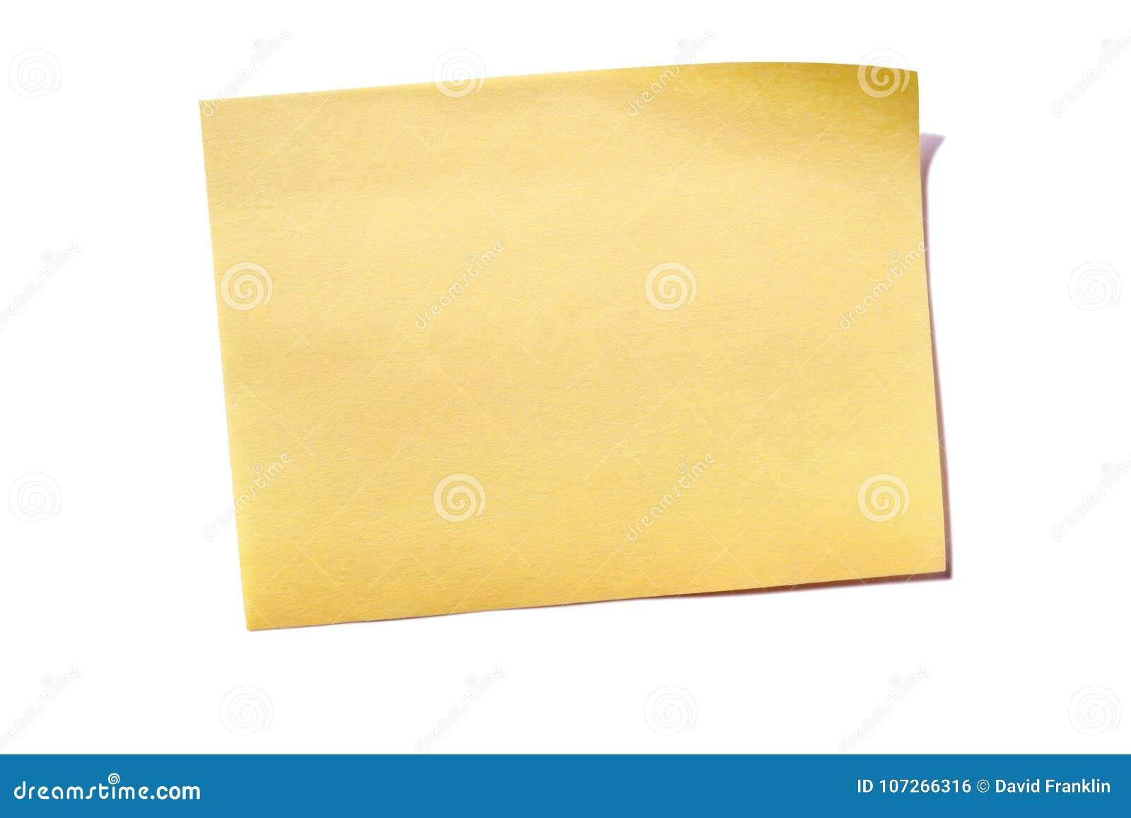 Una nota in calce appiccicosa gialla isolata su bianco