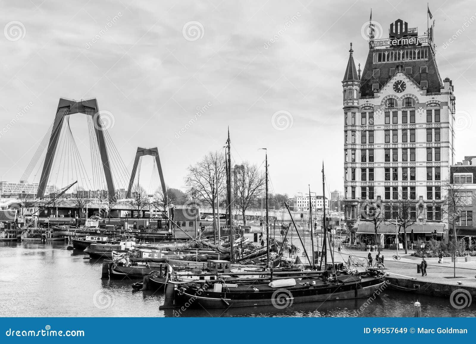Una opinión sobre el asilo de Oude, Rotterdam, los Países Bajos