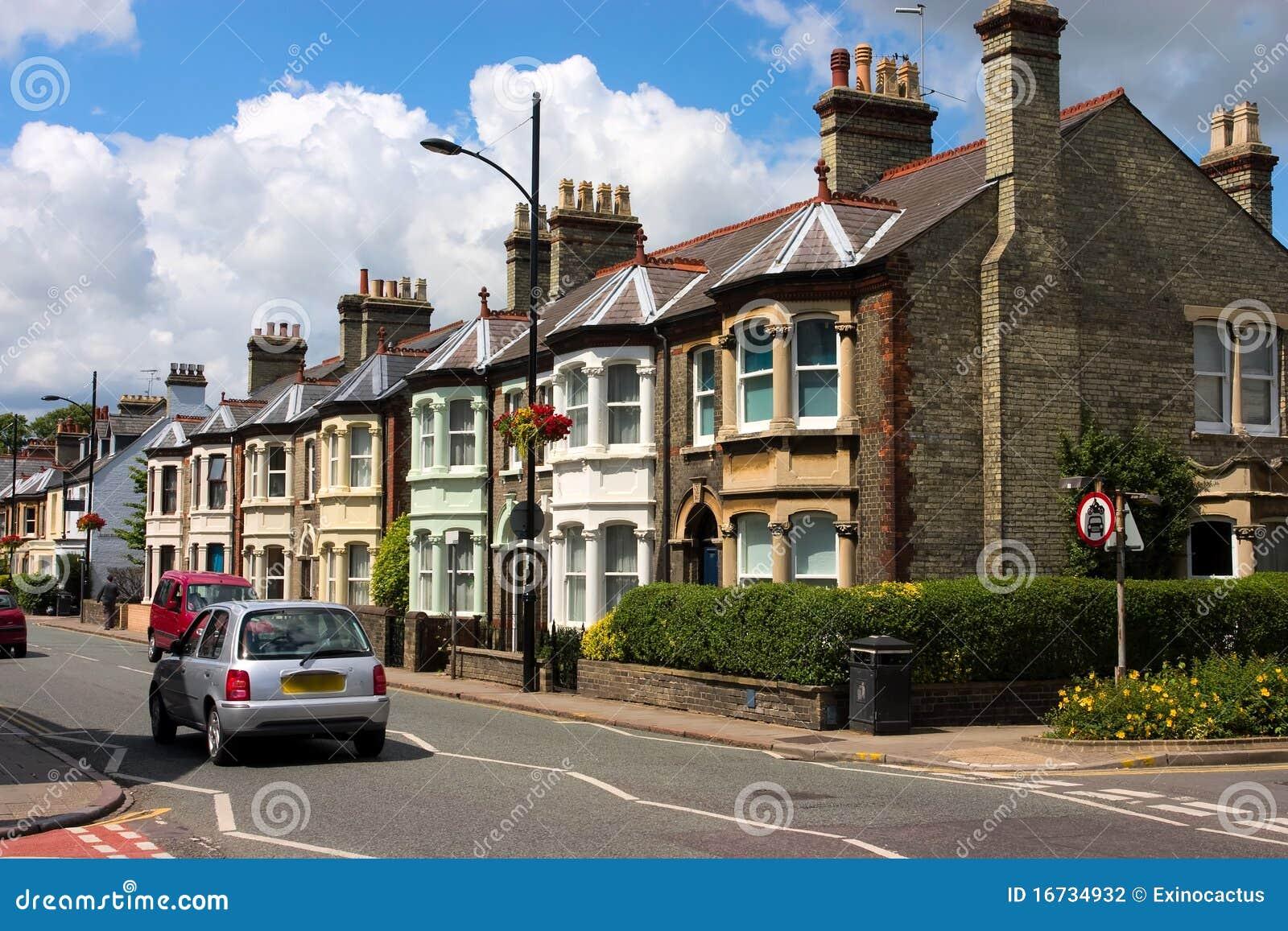 Una riga dei cottage inglesi caratteristici fotografia for Case inglesi foto
