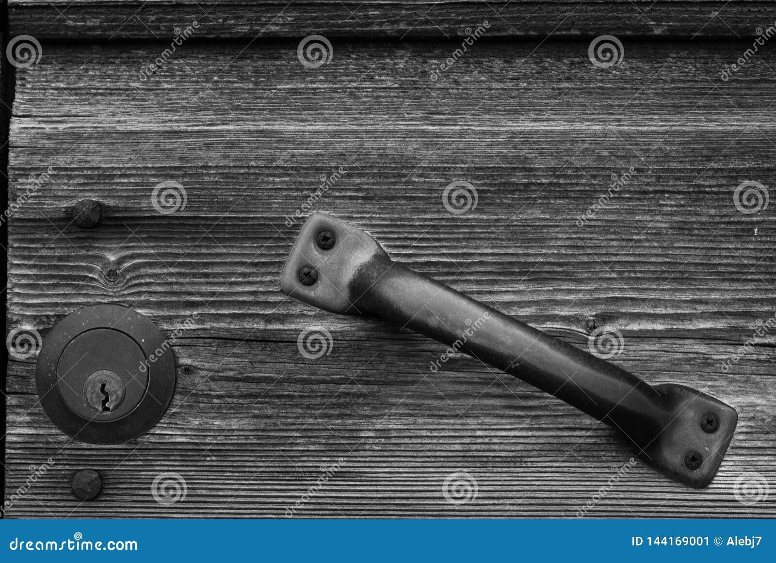Una vecchia serratura