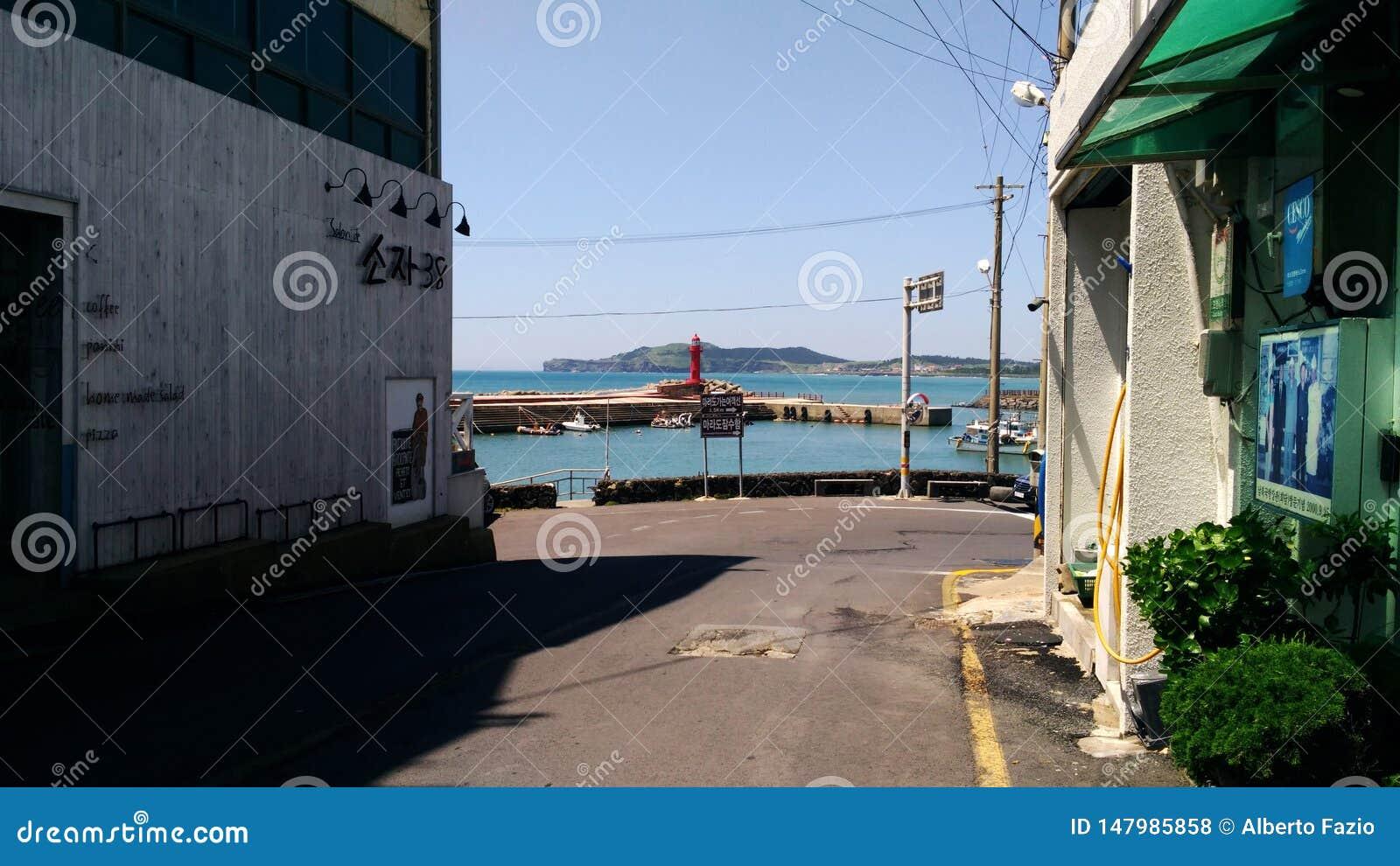 Una via nel porto