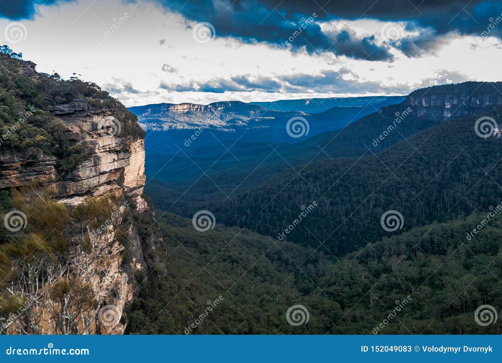 Una vista del parque nacional de las montañas azules, NSW, Australia